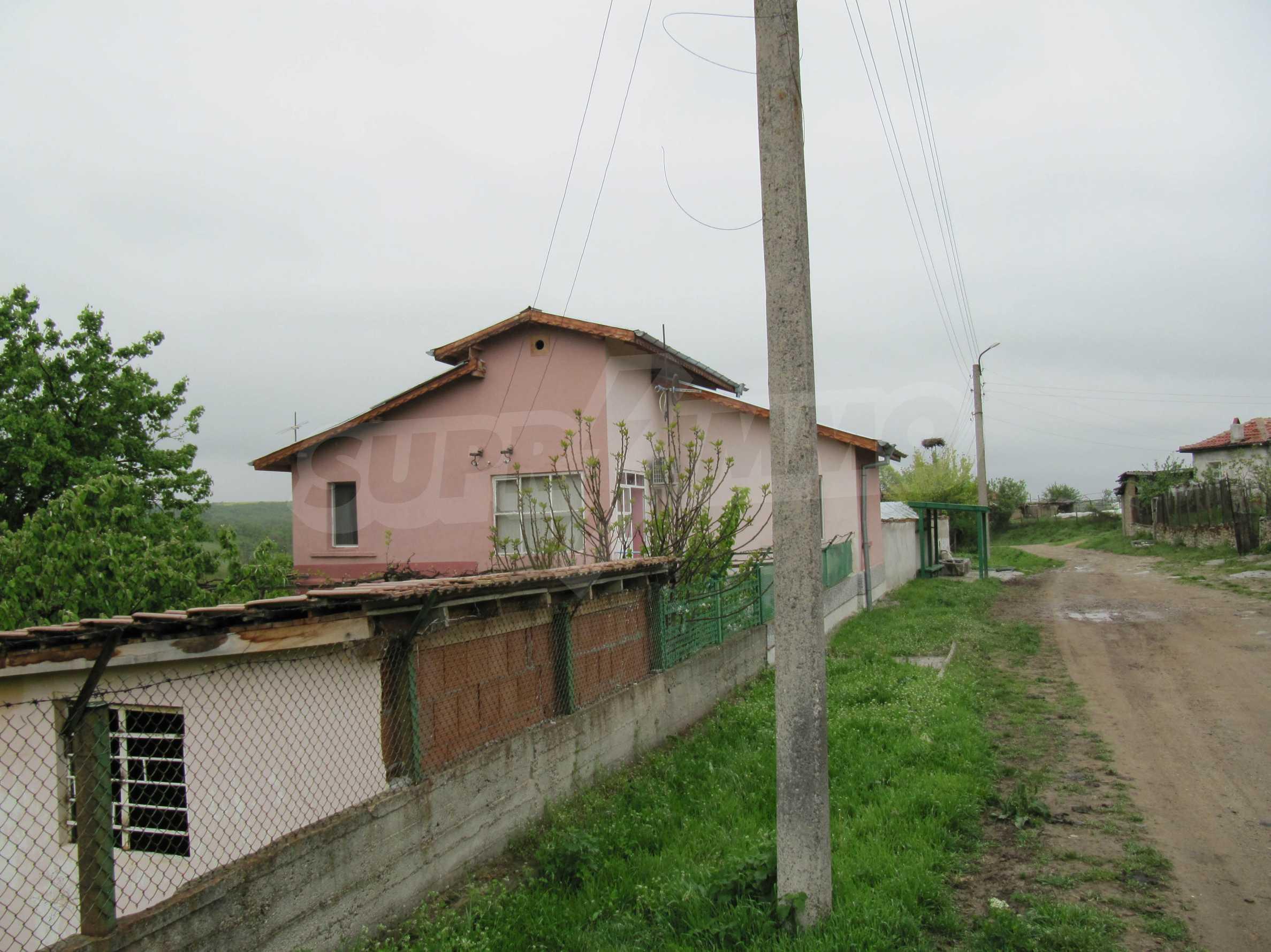 Ausgezeichnetes ländliches Anwesen mit herrlichem Blick auf die Rhodopen bei Kardschali 60