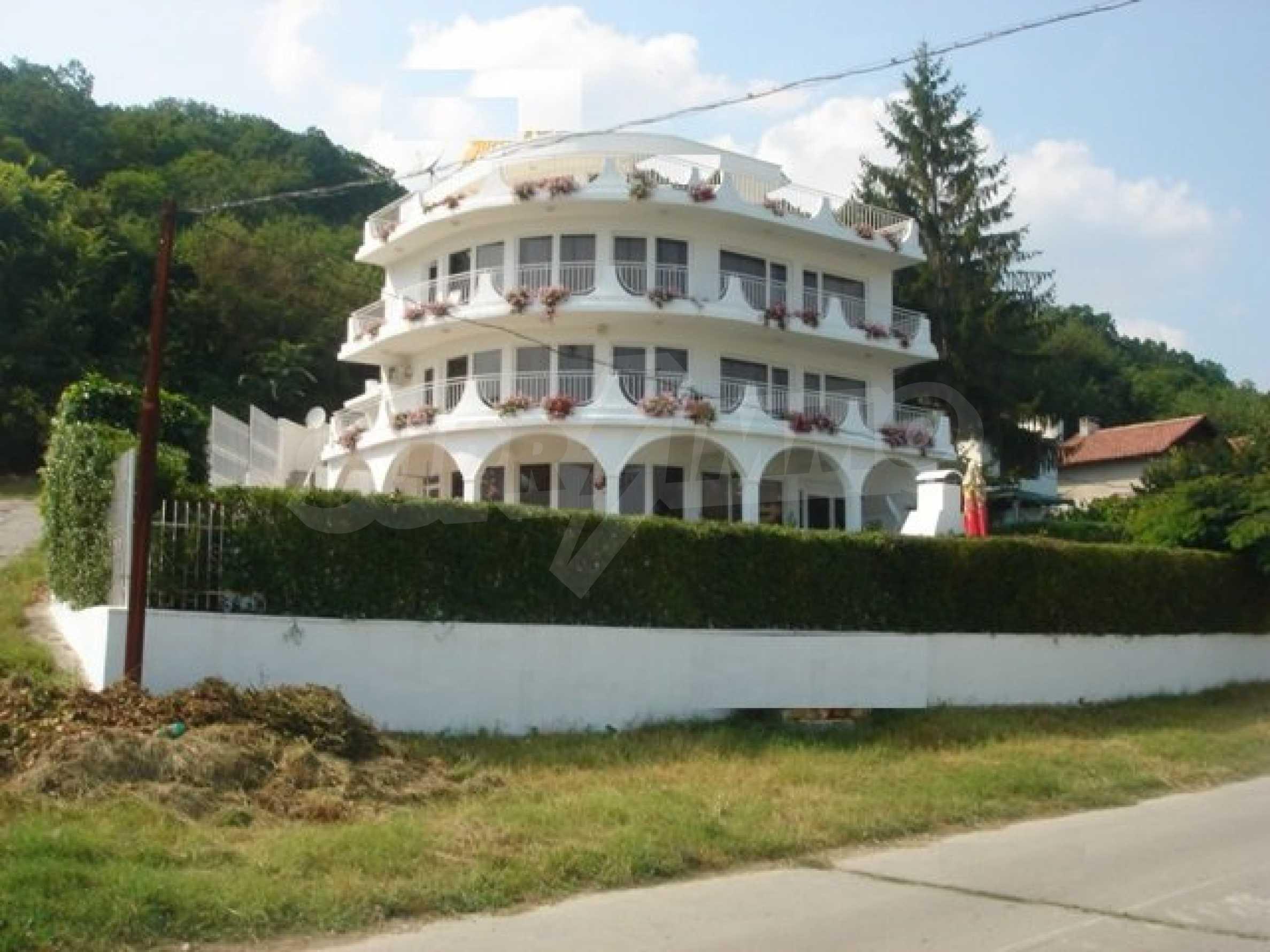 Гостиница на море в Албена 2