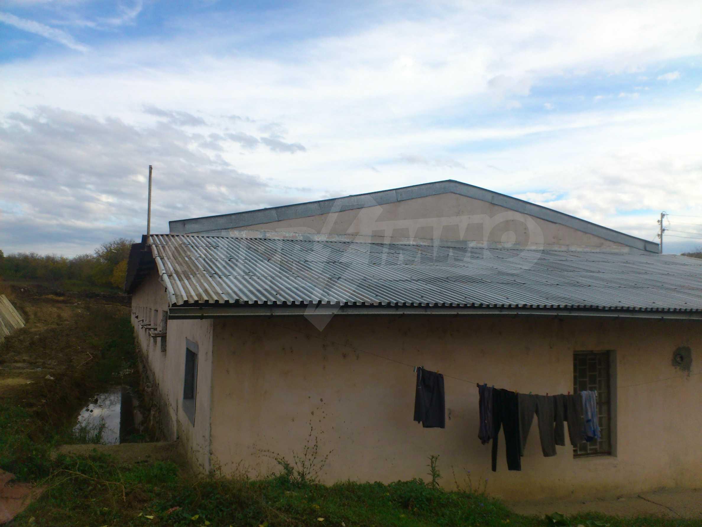 Neues Bauernhaus in einem Dorf in der Nähe von Veliko Tarnovo 16
