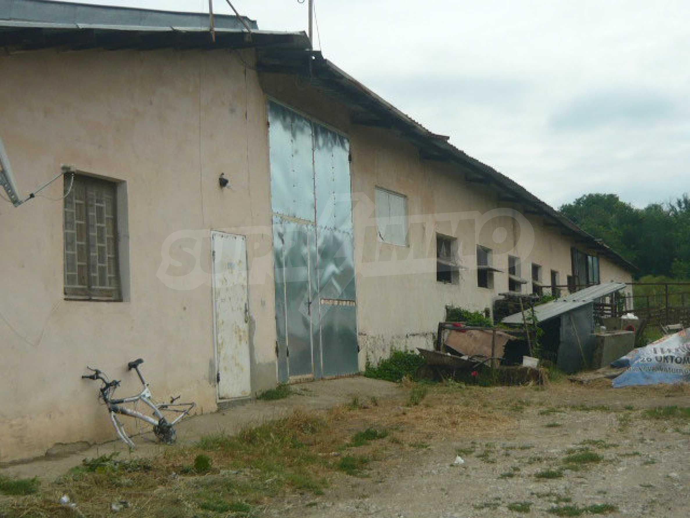 Neues Bauernhaus in einem Dorf in der Nähe von Veliko Tarnovo 21