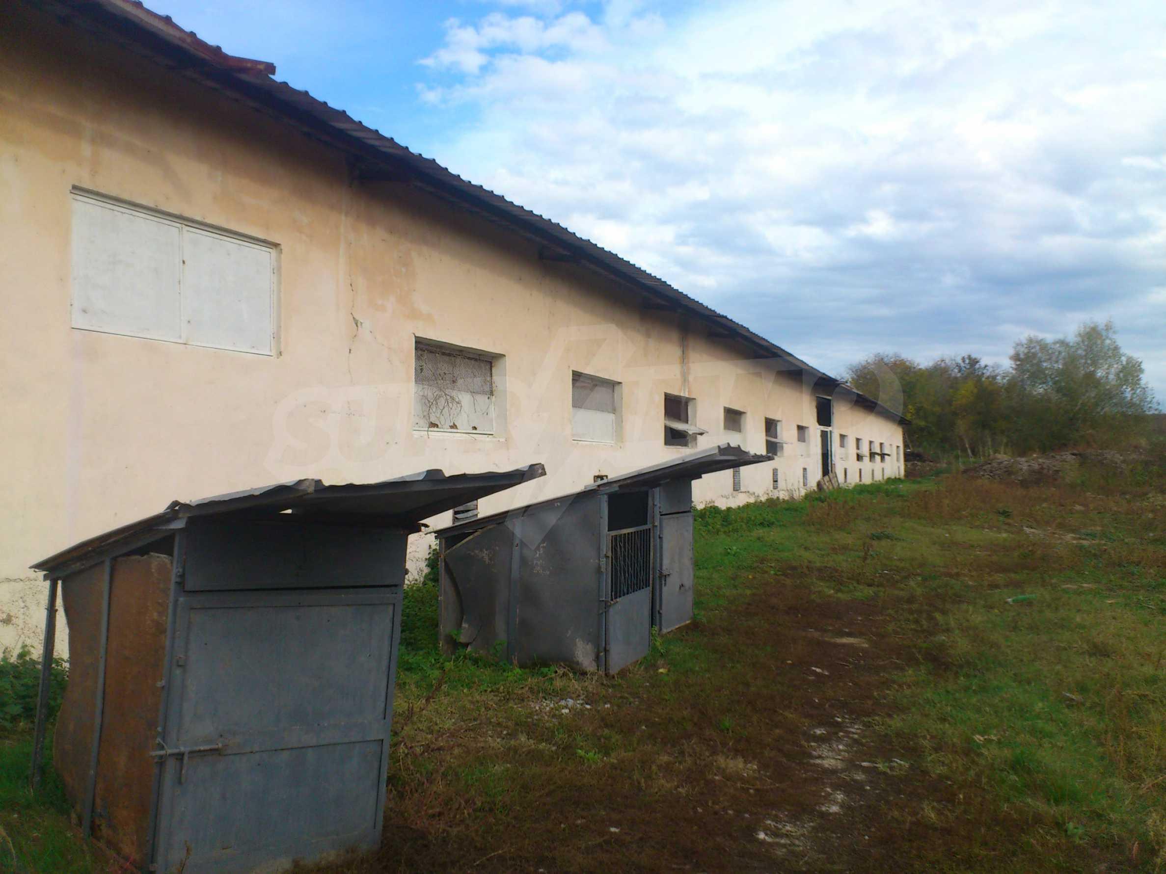 Neues Bauernhaus in einem Dorf in der Nähe von Veliko Tarnovo 2