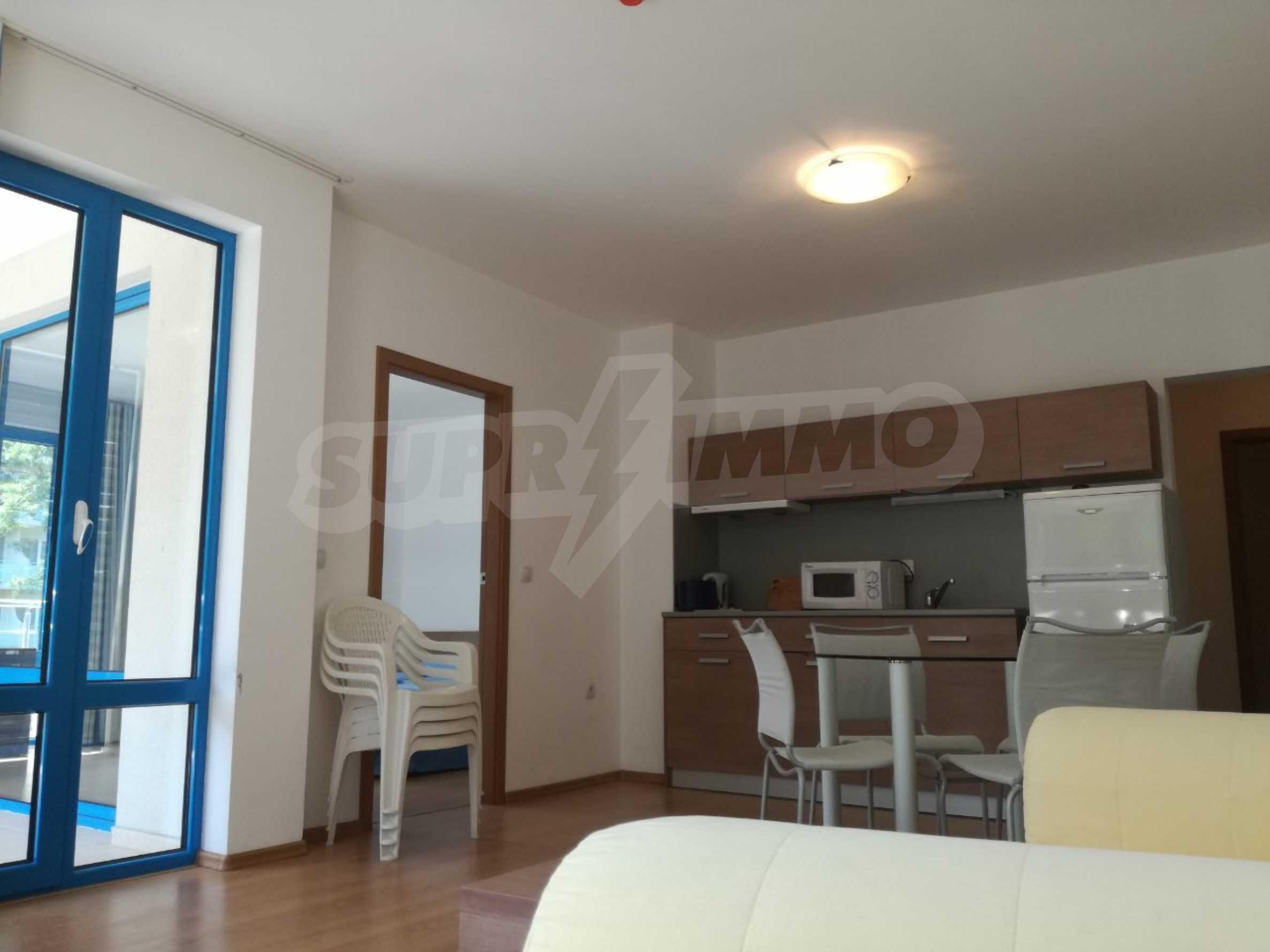 Страхотен тристаен апартамент в Слънчев бряг 7