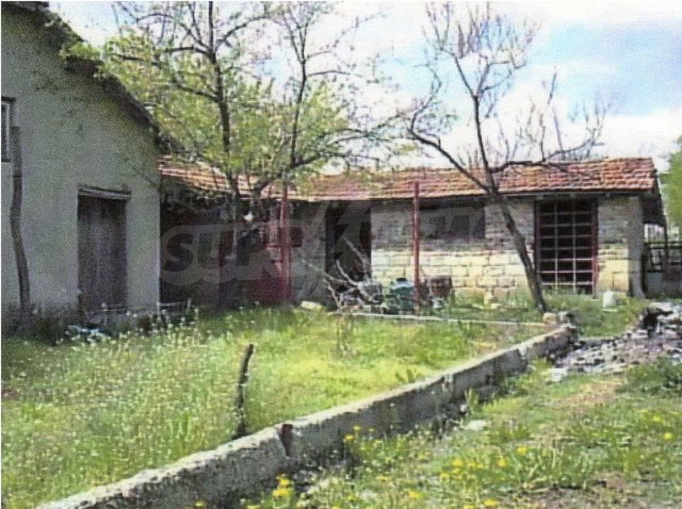 Уютный дом в селе Карапелит 12