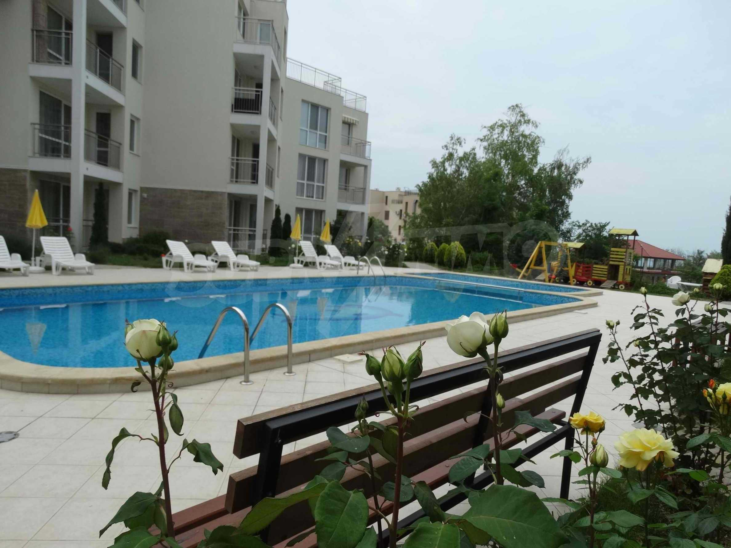 Тристаен апартамент близо до плажа в Бяла