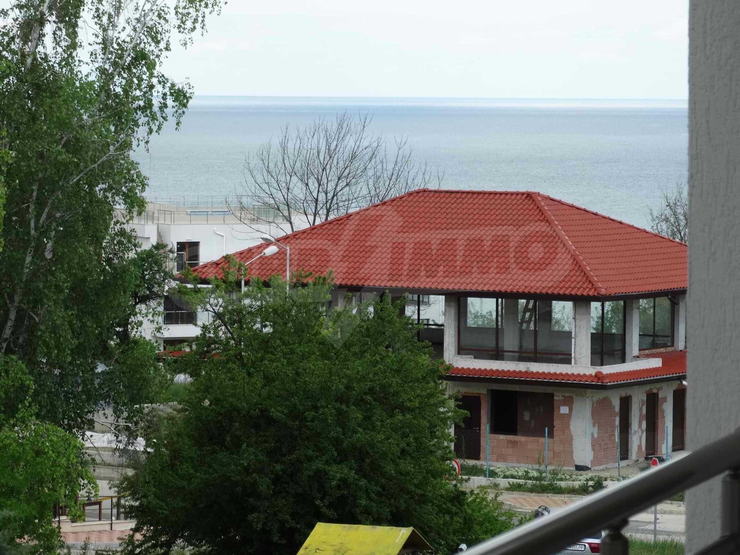 Тристаен апартамент близо до плажа в Бяла 4