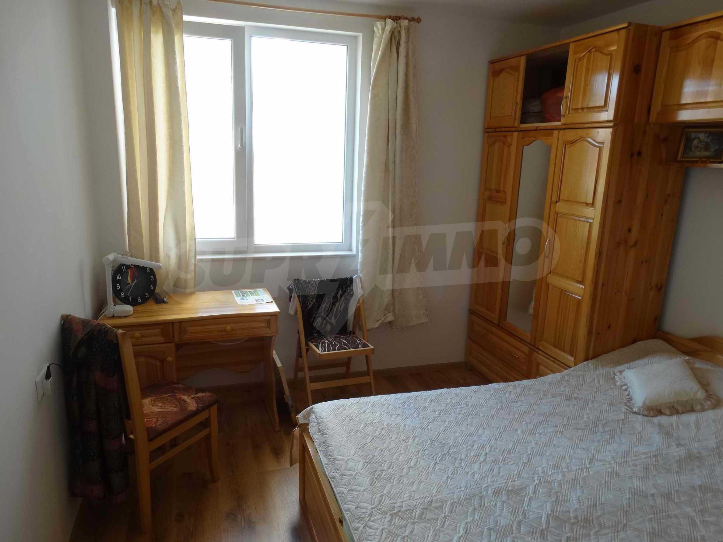 Тристаен апартамент близо до плажа в Бяла 6