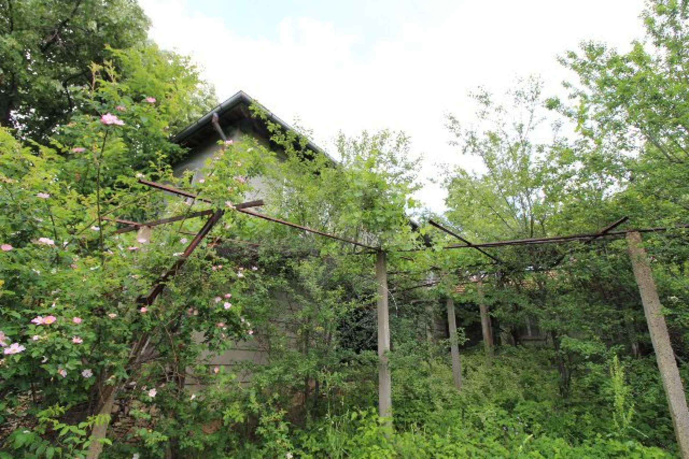 Къща за продажба близо до гр. Велико Търново 18