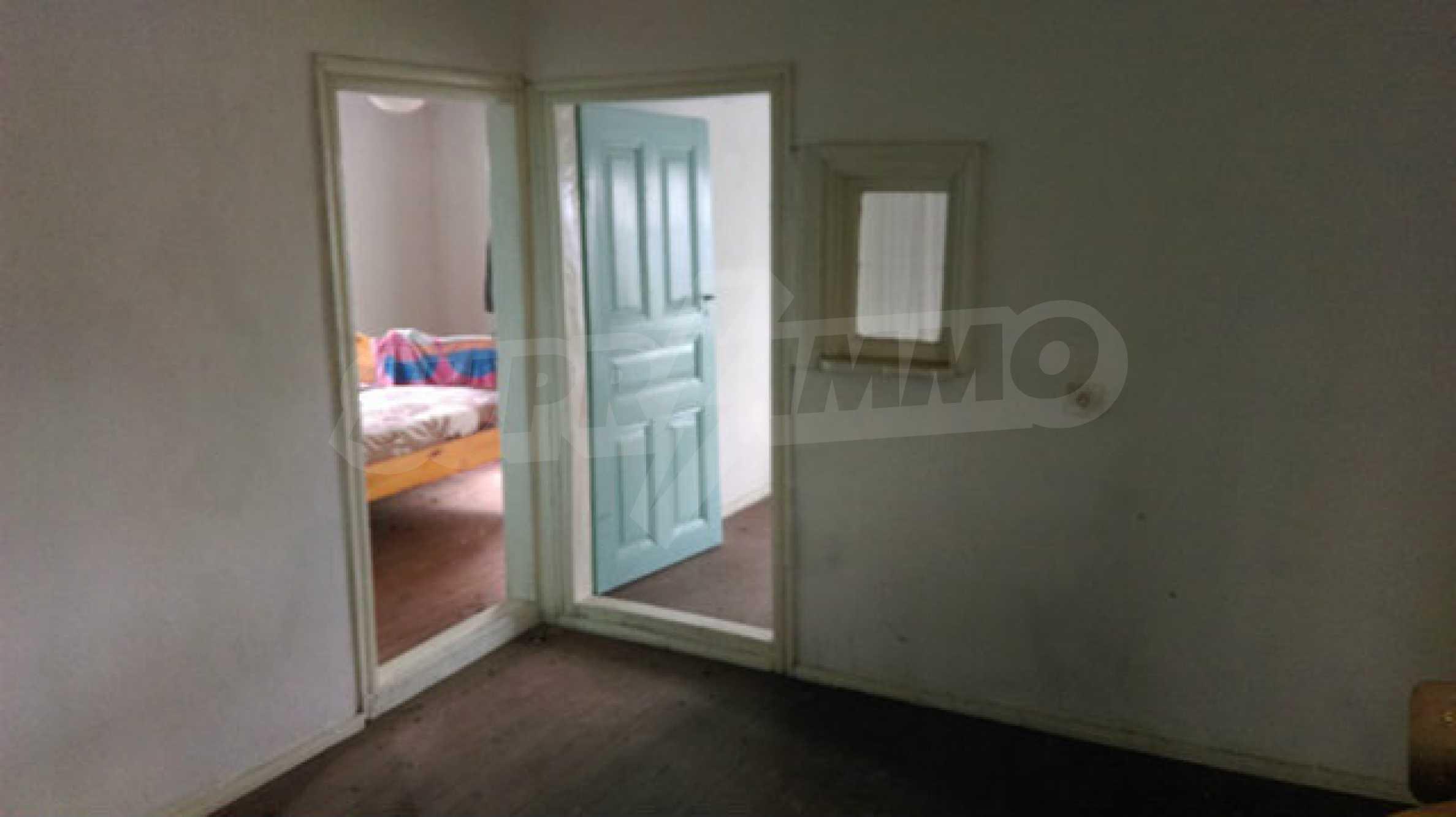 Къща за продажба близо до гр. Велико Търново 35