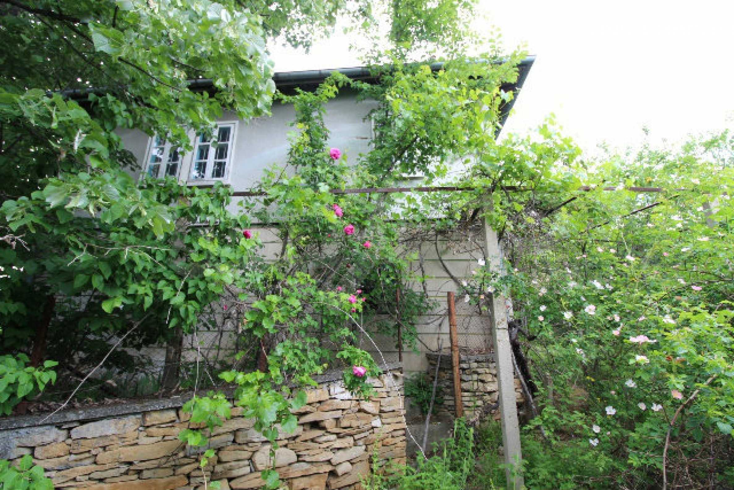 Къща за продажба близо до гр. Велико Търново 51