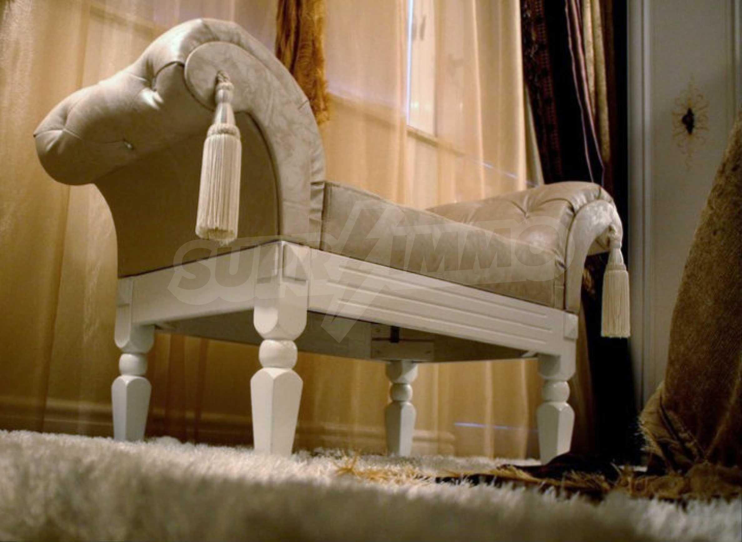 Versace Wohnung 23