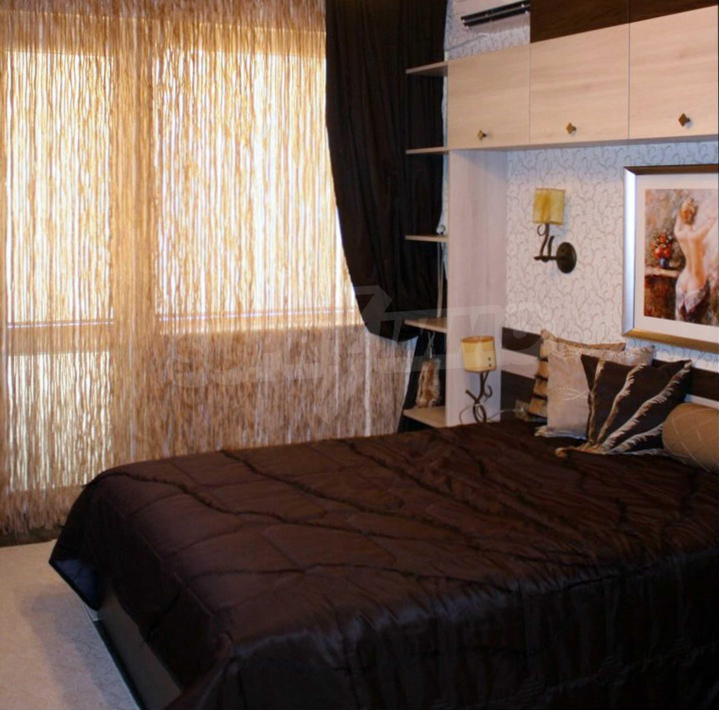 Versace Wohnung 24