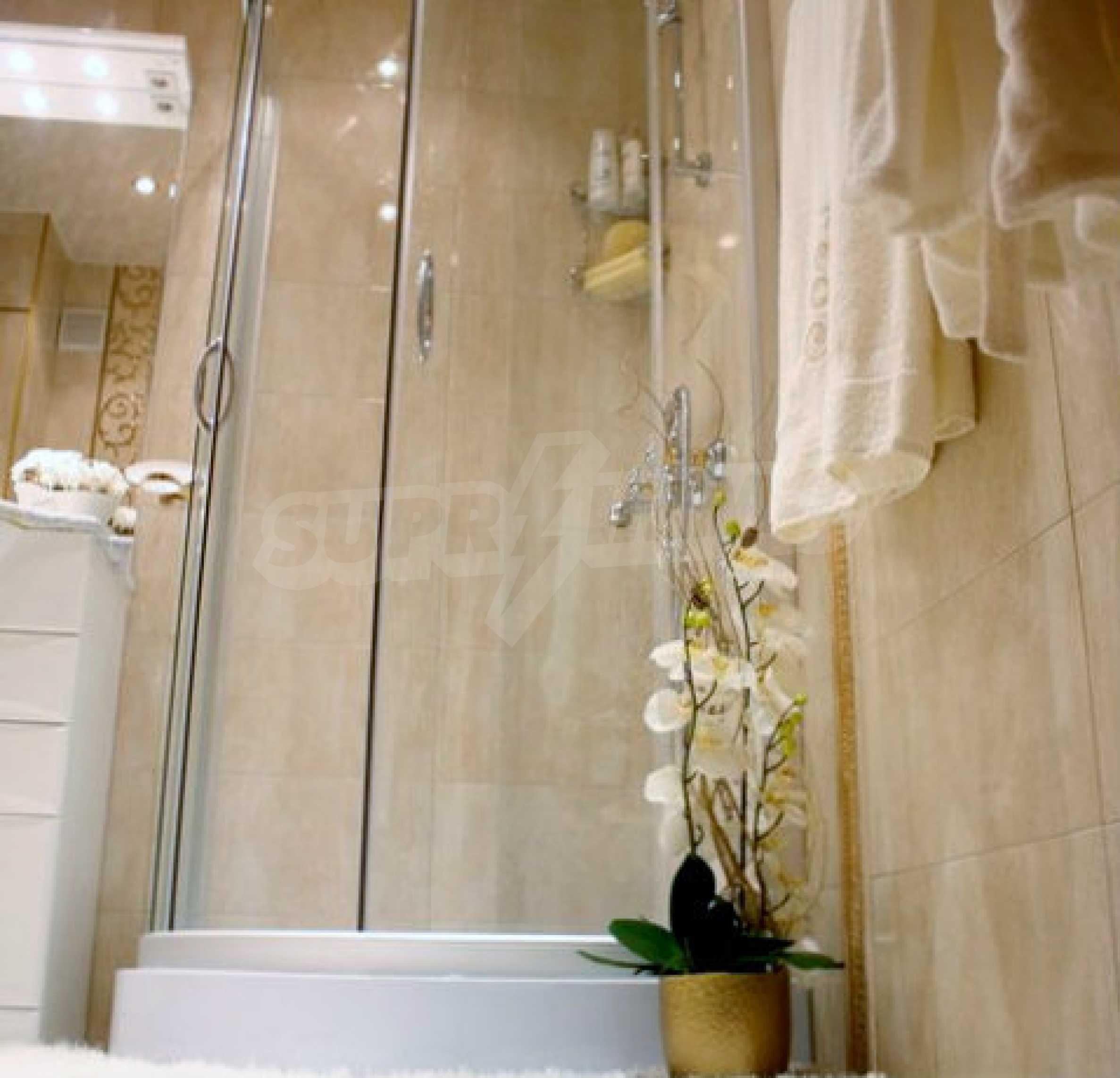 Versace Wohnung 27