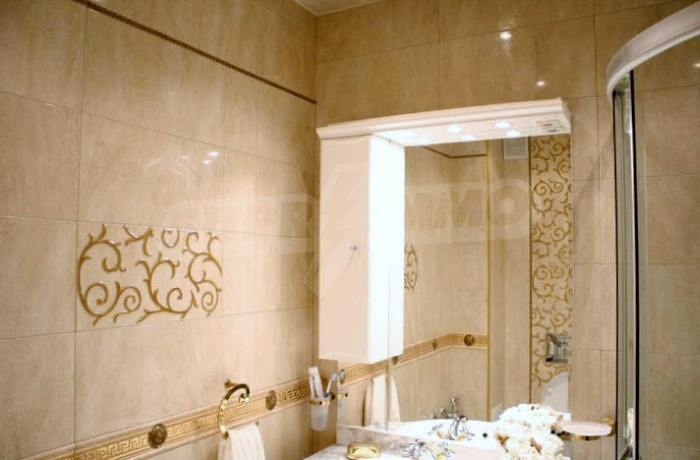 Versace Wohnung 28