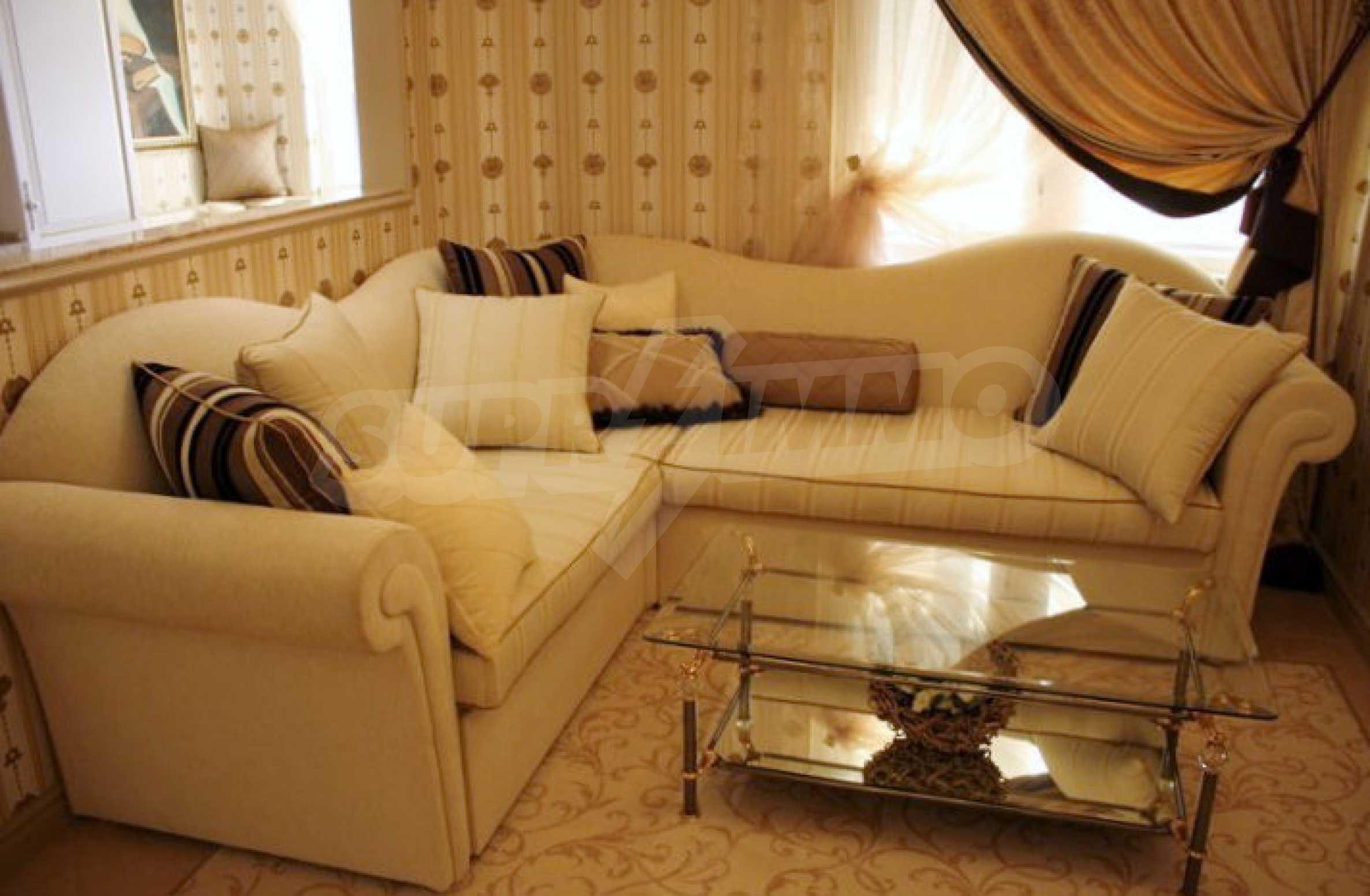 Versace Wohnung 35