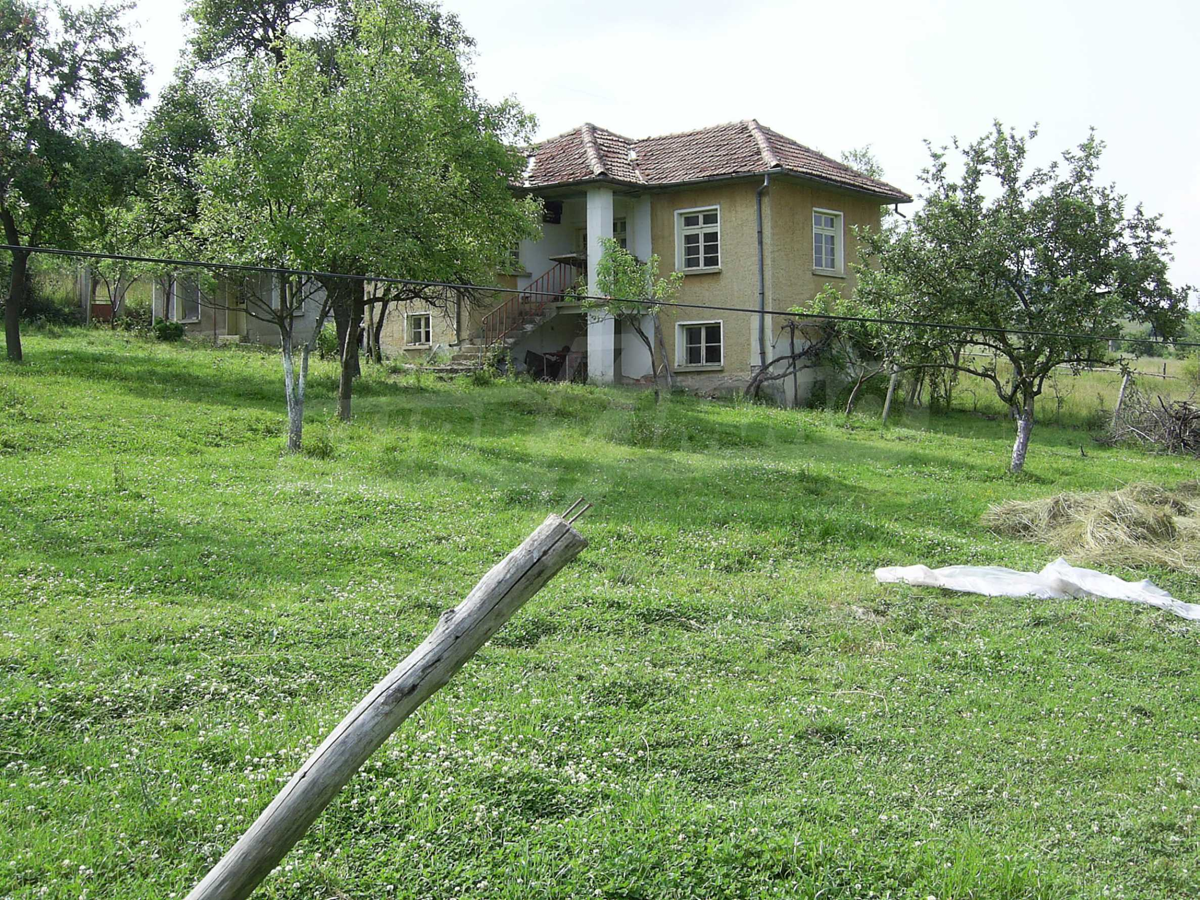 Nice house with a garage near a small river in the heart of the Mountains 2