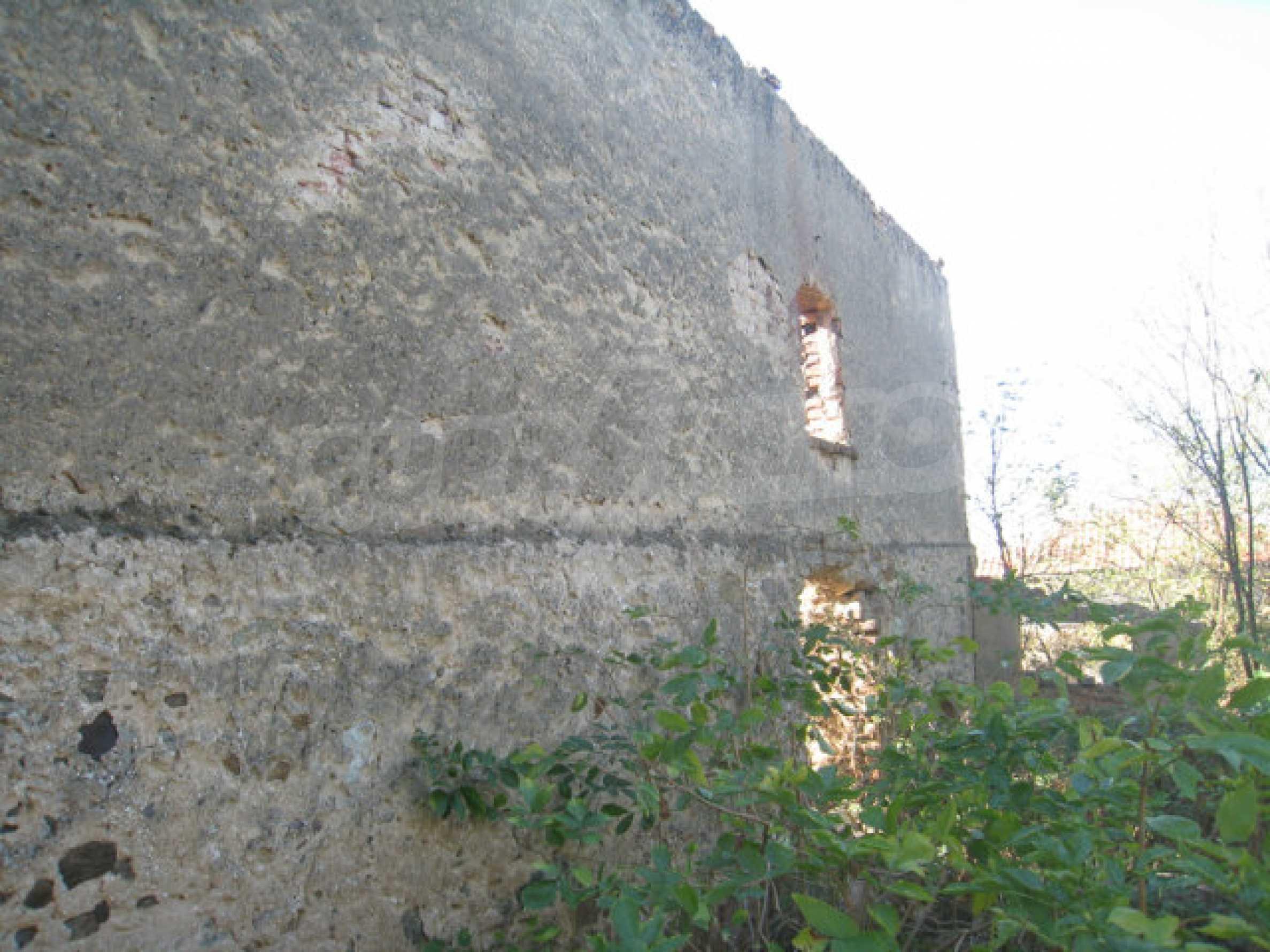 Bargain regulated plot in Ihtiman municipality near the highway and Sofia 9