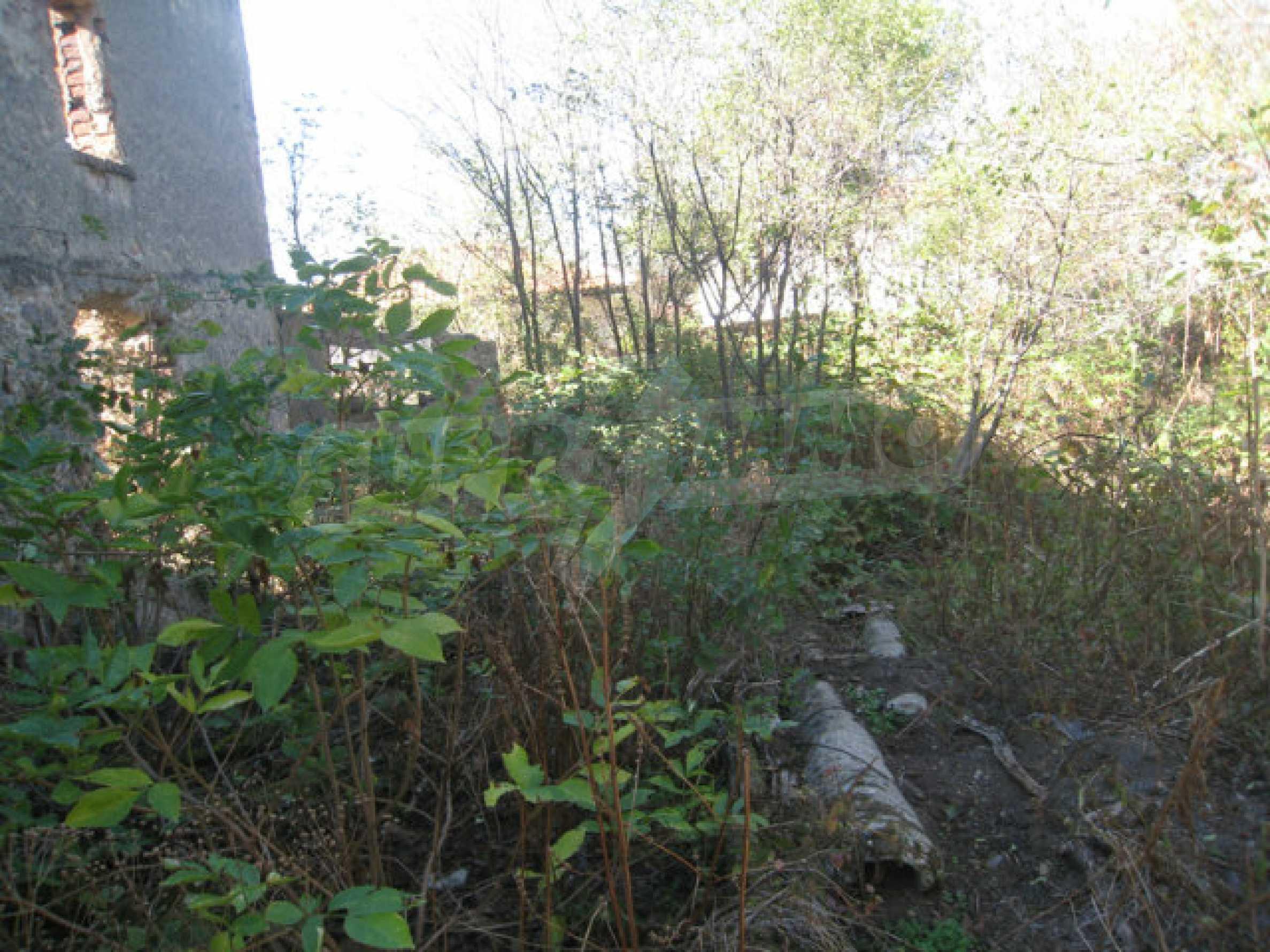 Bargain regulated plot in Ihtiman municipality near the highway and Sofia 10