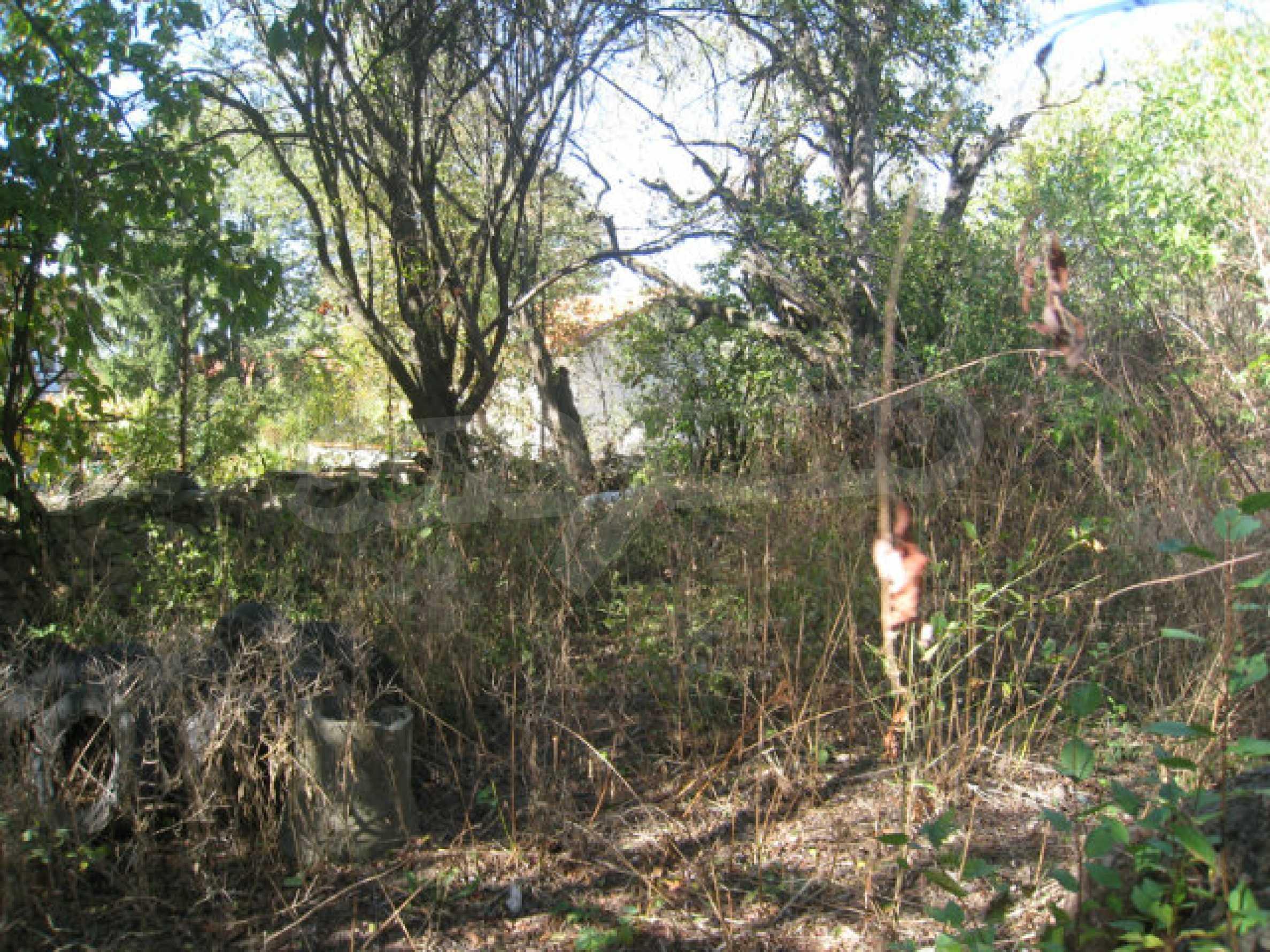 Bargain regulated plot in Ihtiman municipality near the highway and Sofia 4