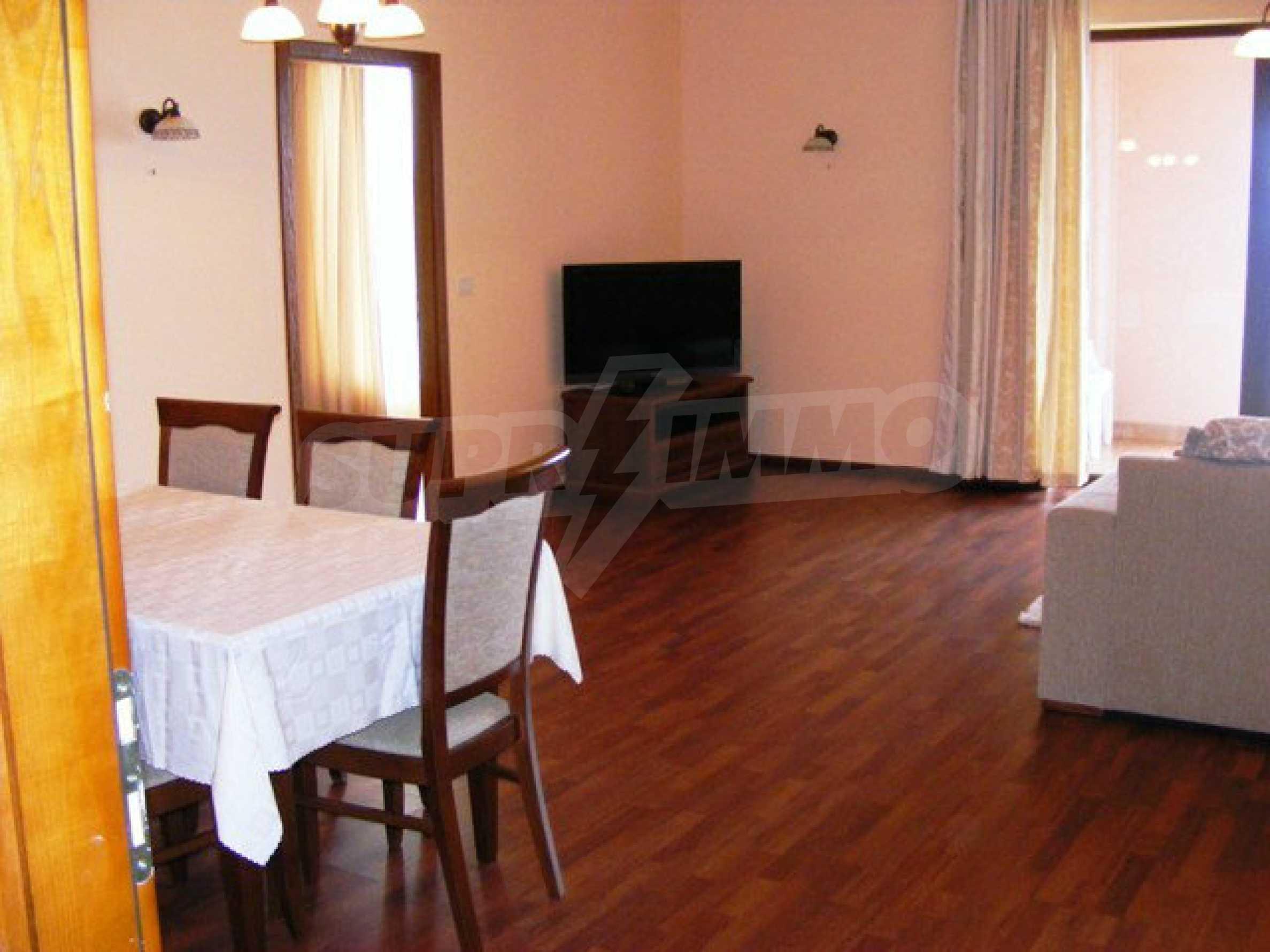 Apartments Port Palace  16
