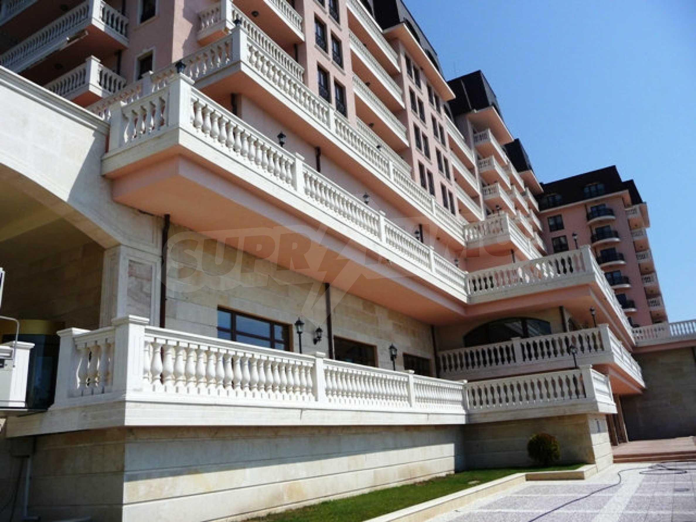 Apartments Port Palace  44