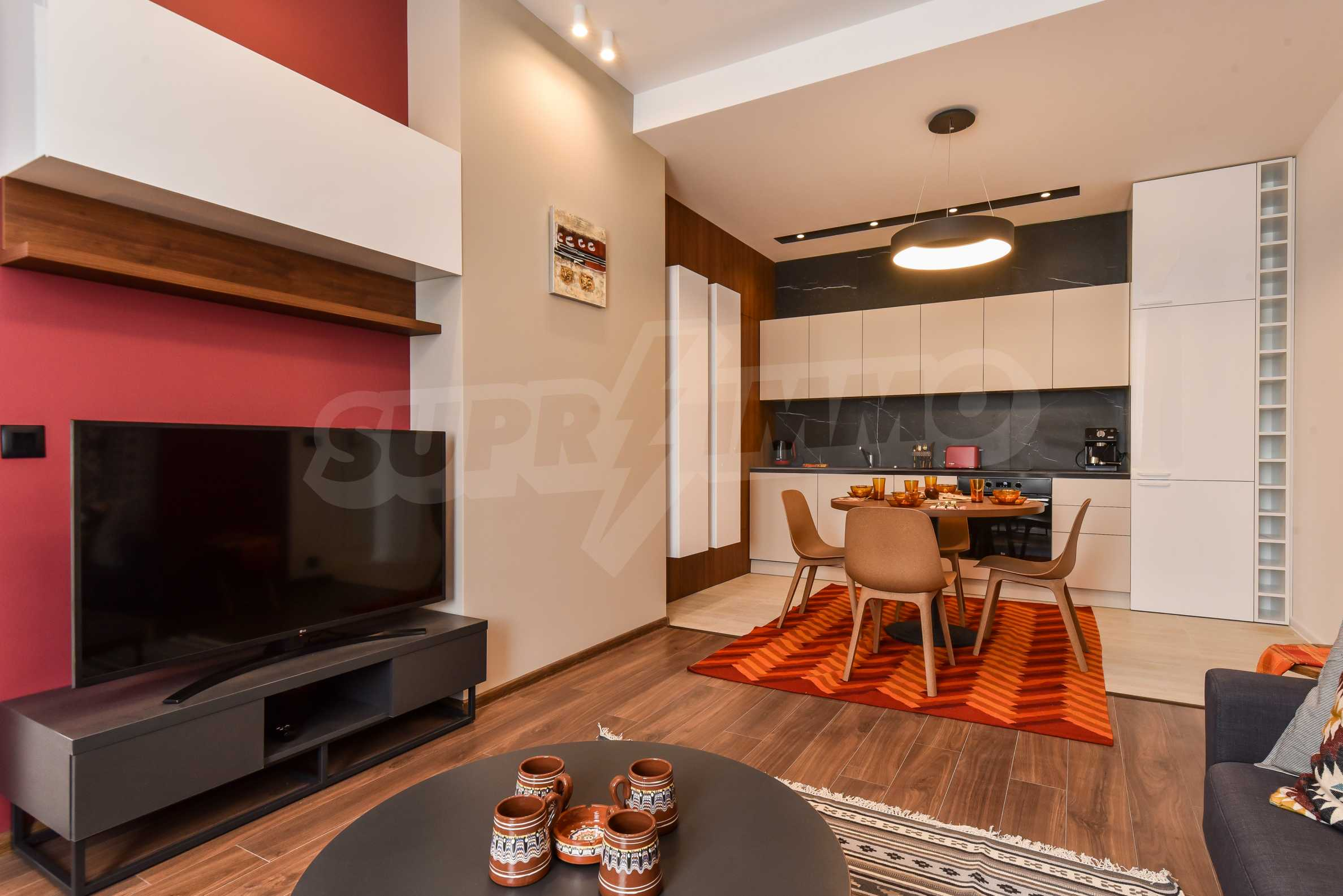 Designer two bedroom apartment in top center with working business 4