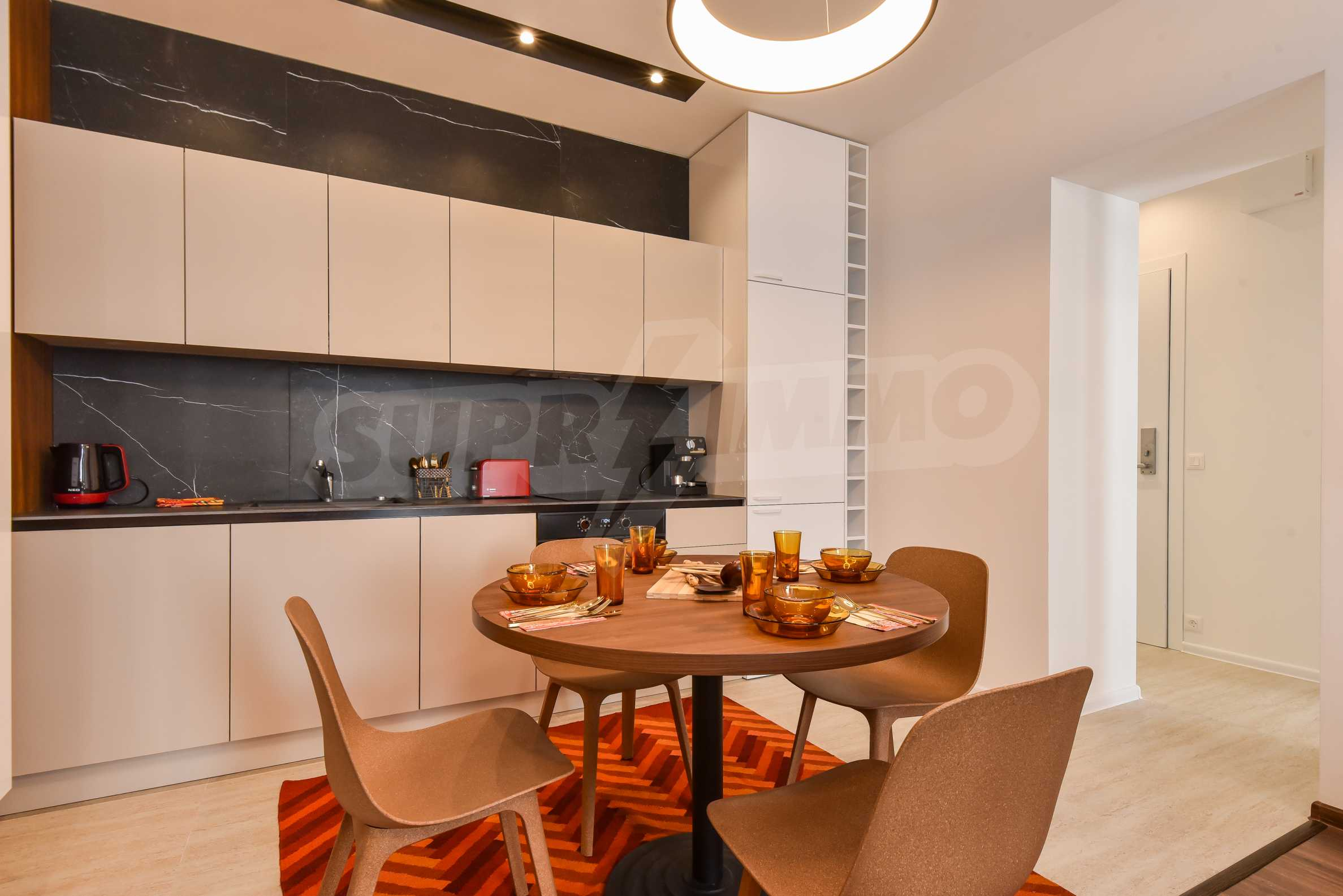 Designer two bedroom apartment in top center with working business 6