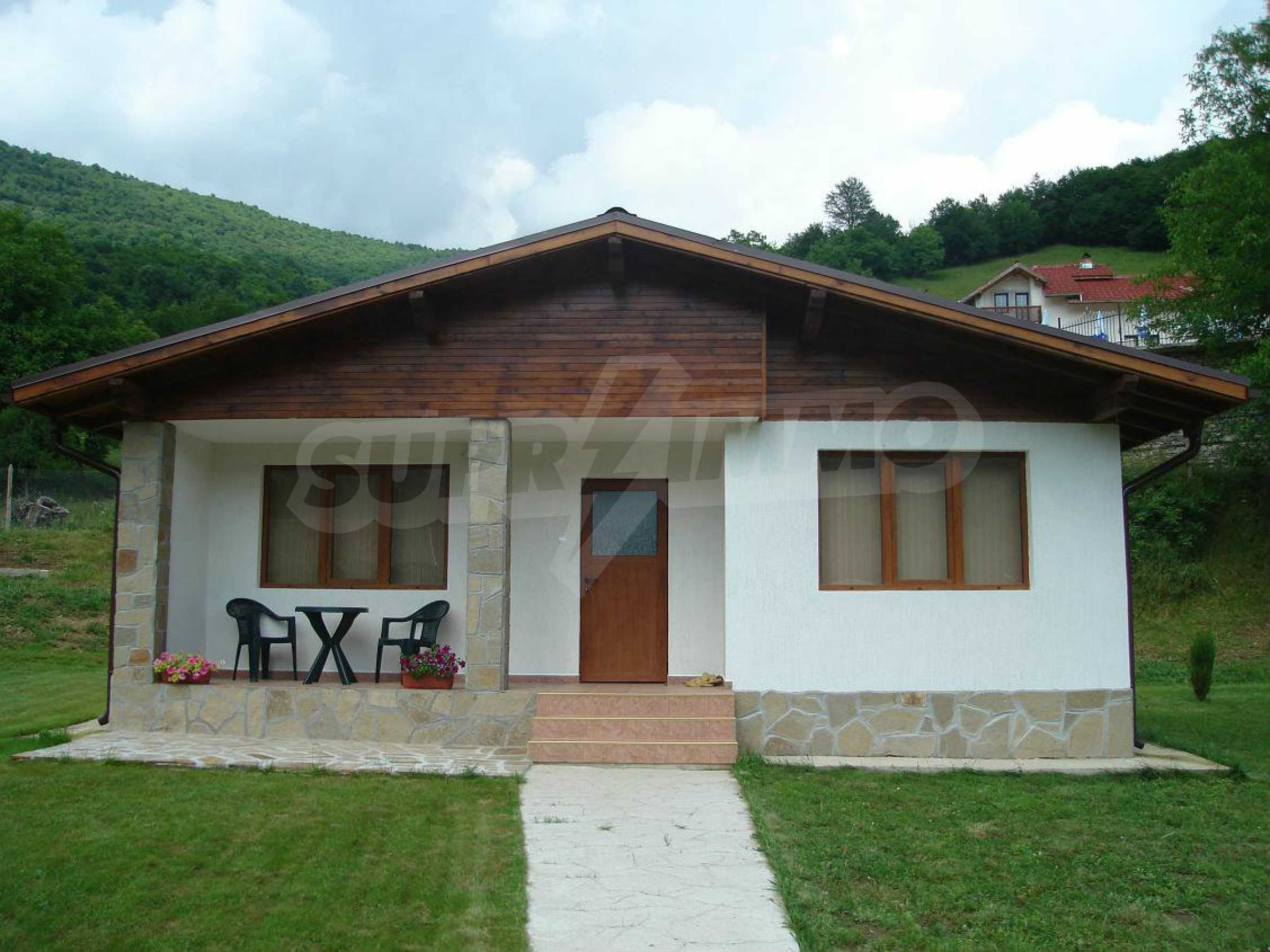 Two cozy bungalows/villas in one plot in popular Ribaritza  4