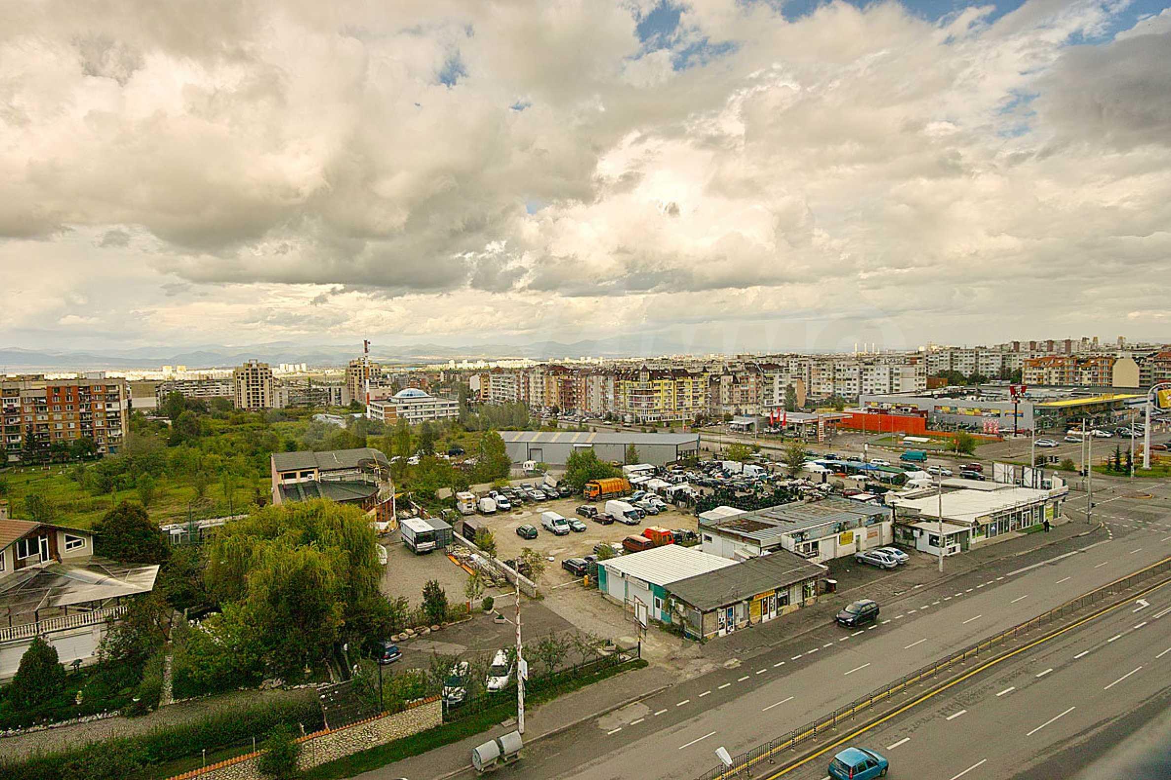 Wohnung zu vermieten in Lyulin-3 Bezirk neben der U-Bahn 12