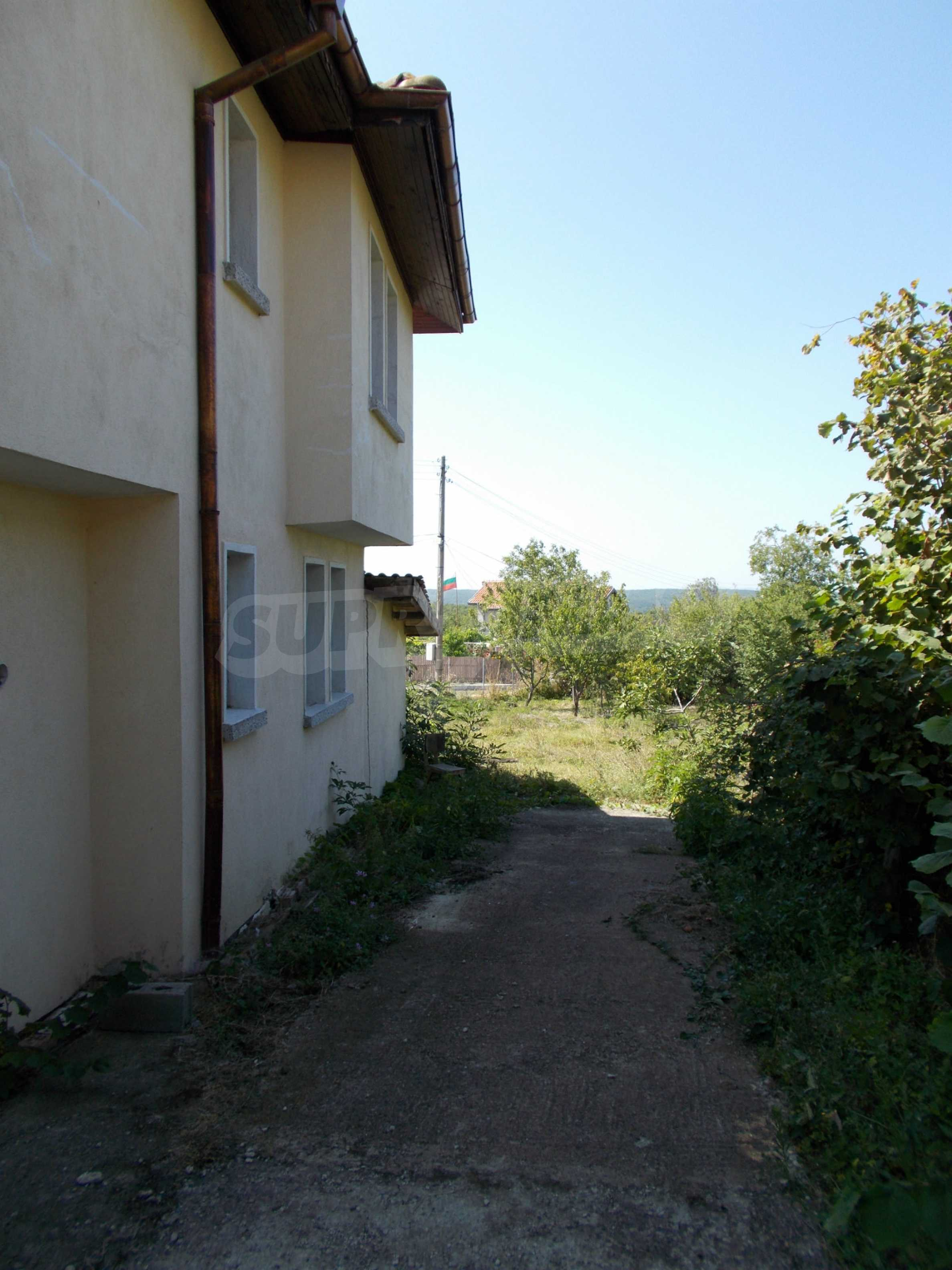 Two-storey house for sale near Burgas 10