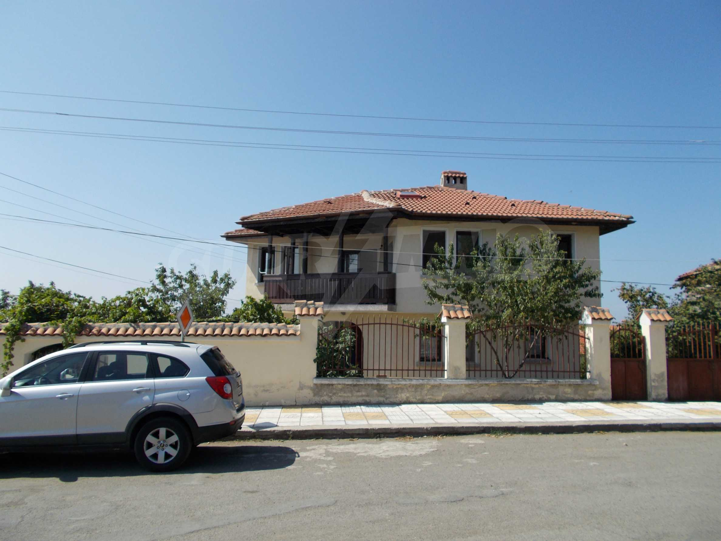Two-storey house for sale near Burgas 2