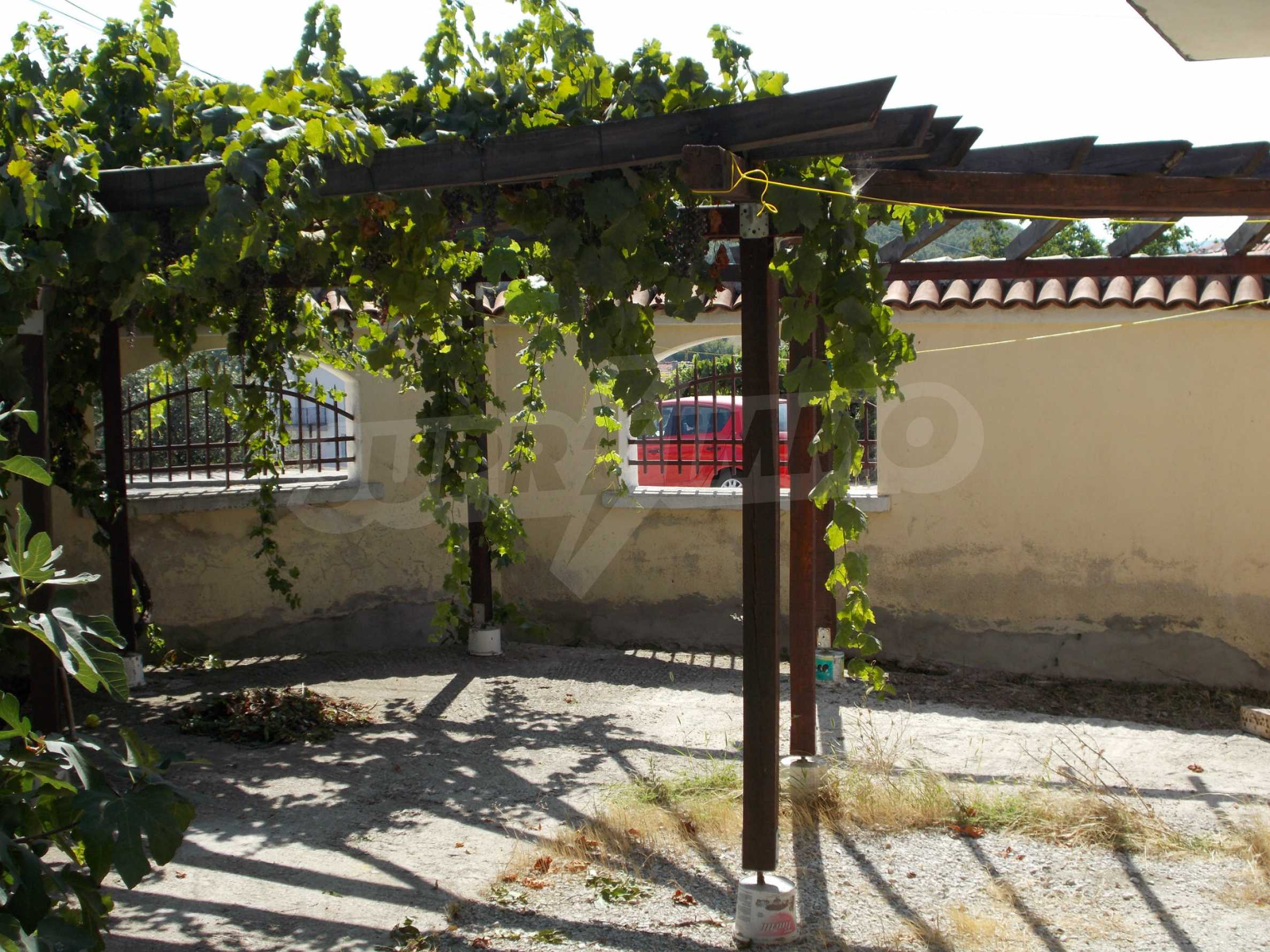 Two-storey house for sale near Burgas 40