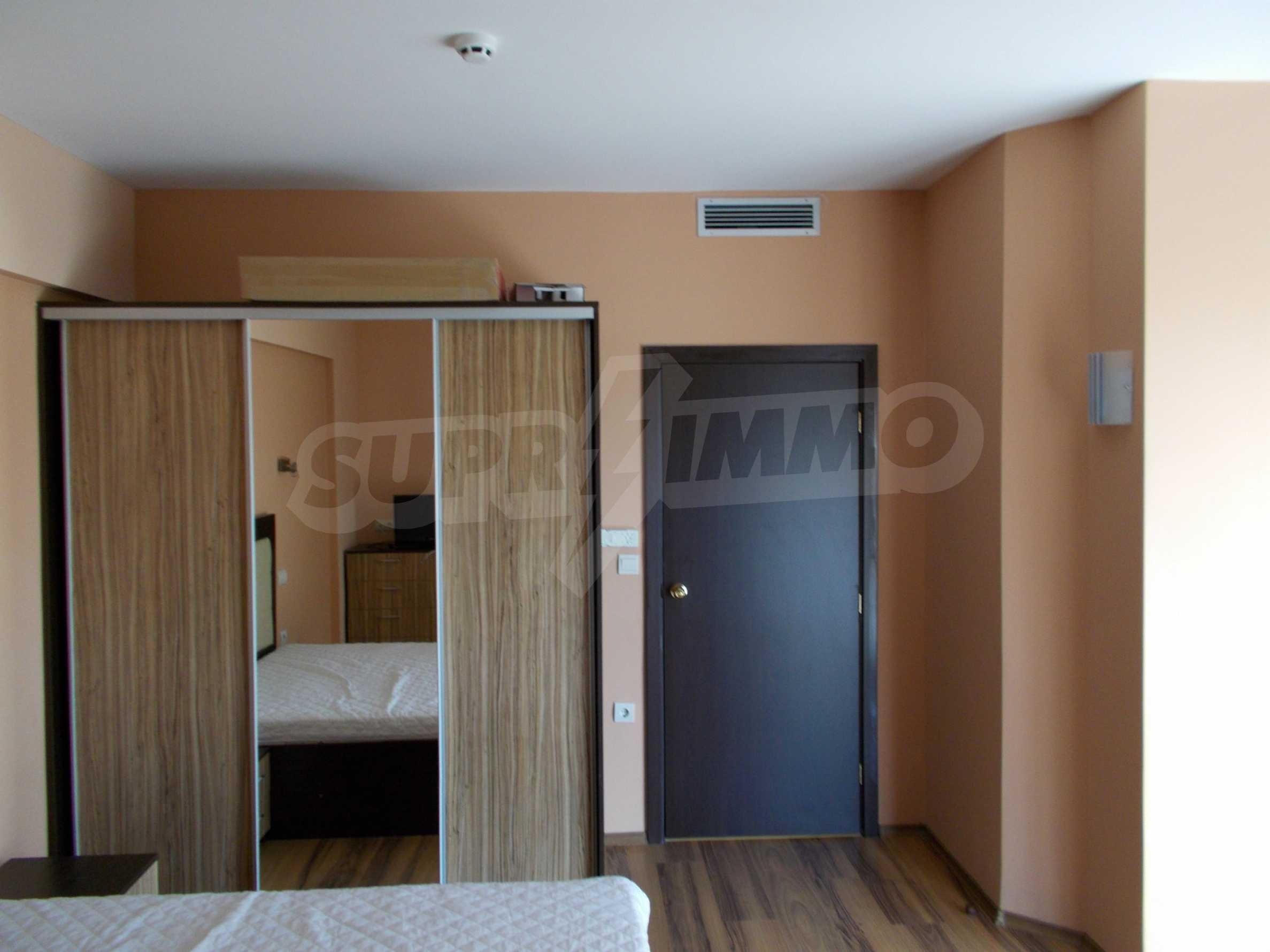 Ein-Zimmer-Wohnung im VRIS-Komplex in Tsarevo 9