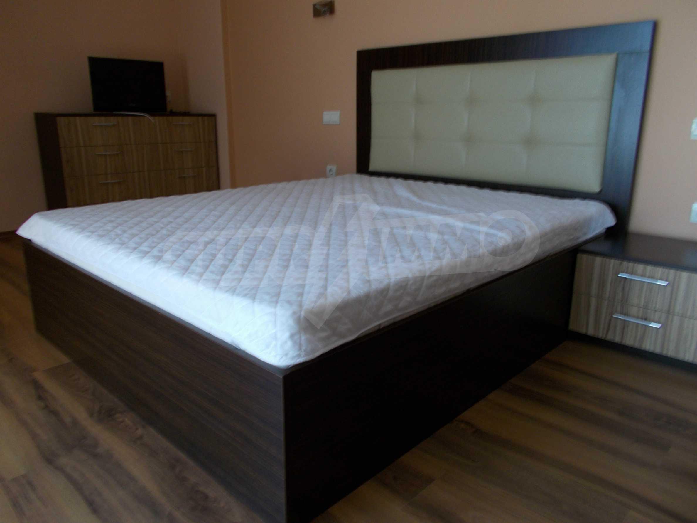 Ein-Zimmer-Wohnung im VRIS-Komplex in Tsarevo 11