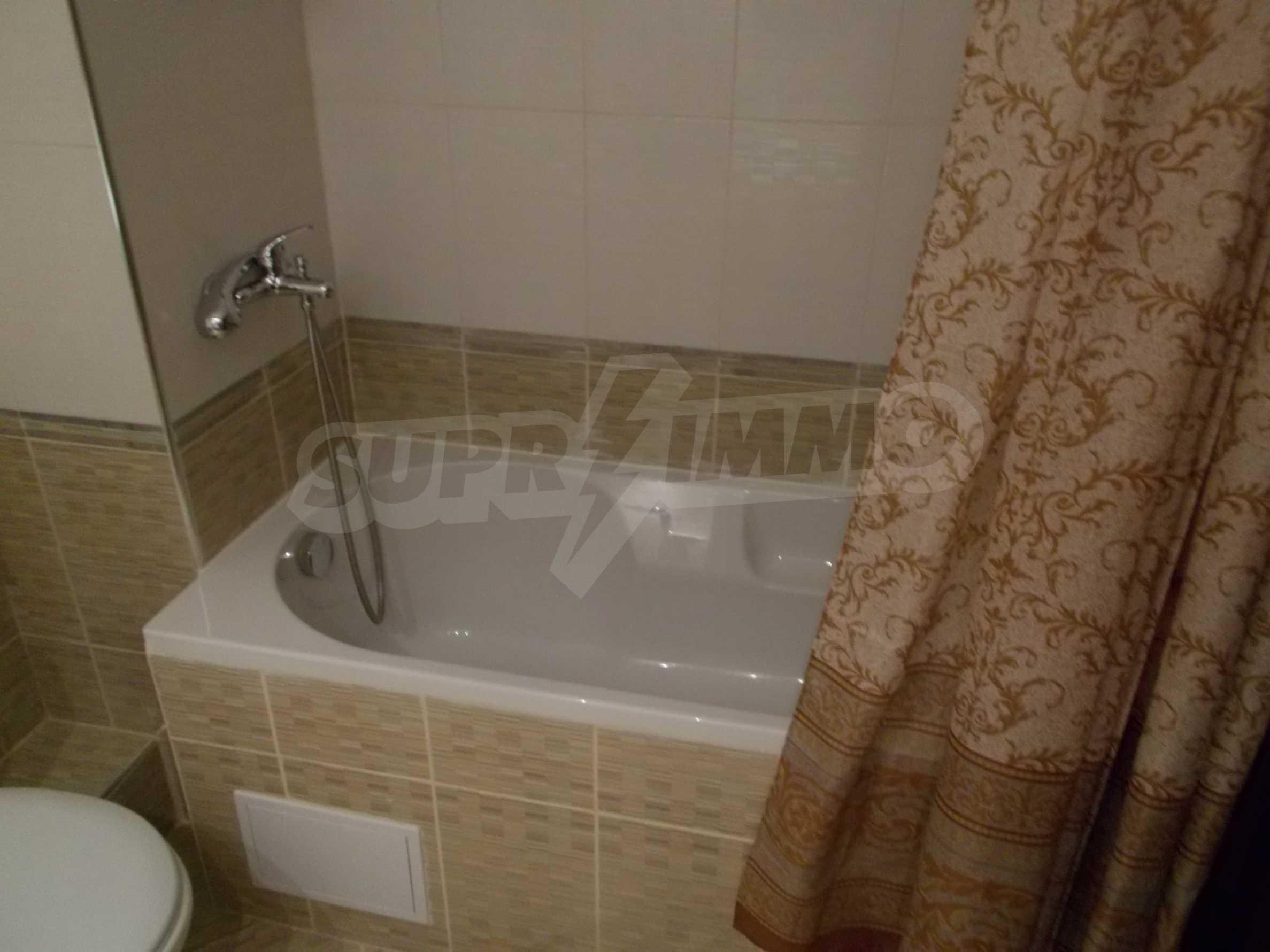 Ein-Zimmer-Wohnung im VRIS-Komplex in Tsarevo 14