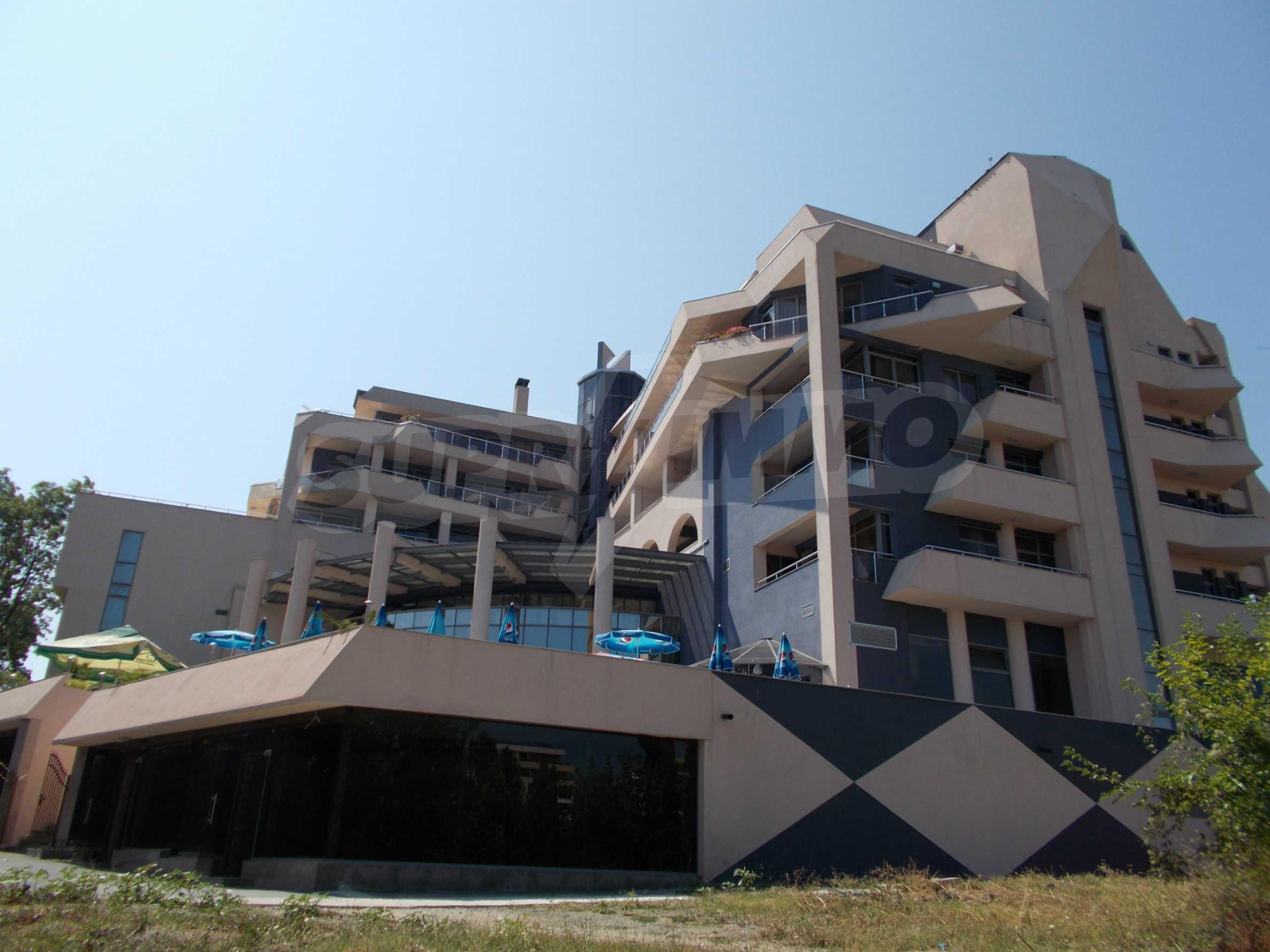 Ein-Zimmer-Wohnung im VRIS-Komplex in Tsarevo 23