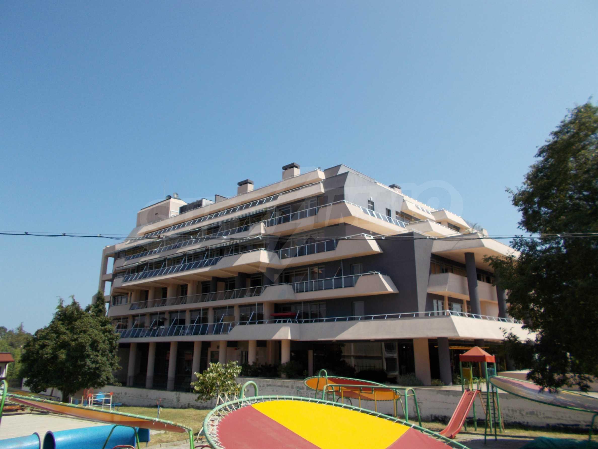 Ein-Zimmer-Wohnung im VRIS-Komplex in Tsarevo 26