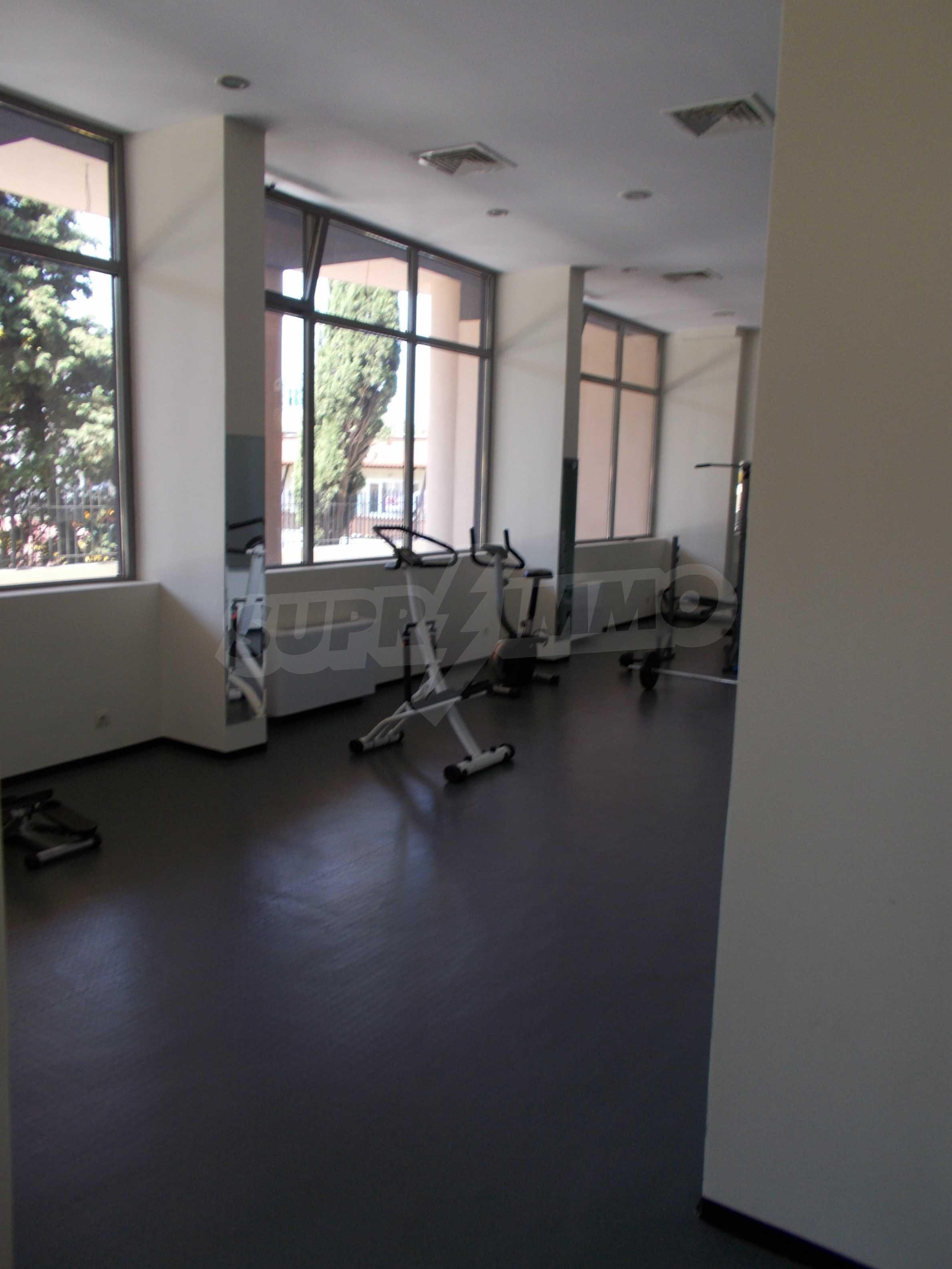 Ein-Zimmer-Wohnung im VRIS-Komplex in Tsarevo 38