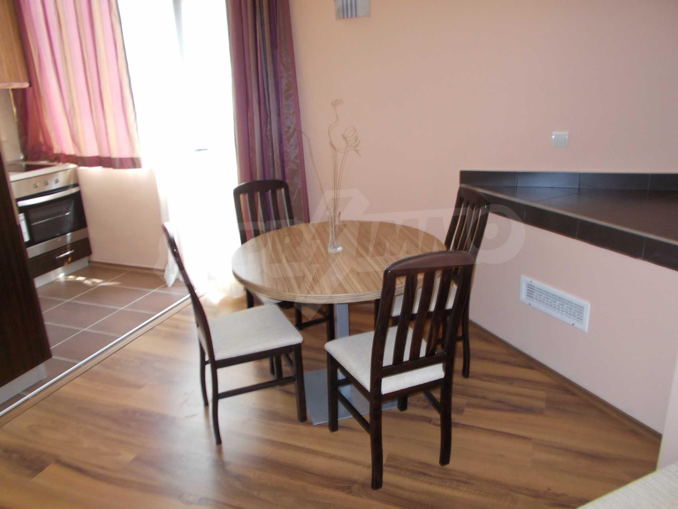 Ein-Zimmer-Wohnung im VRIS-Komplex in Tsarevo 4