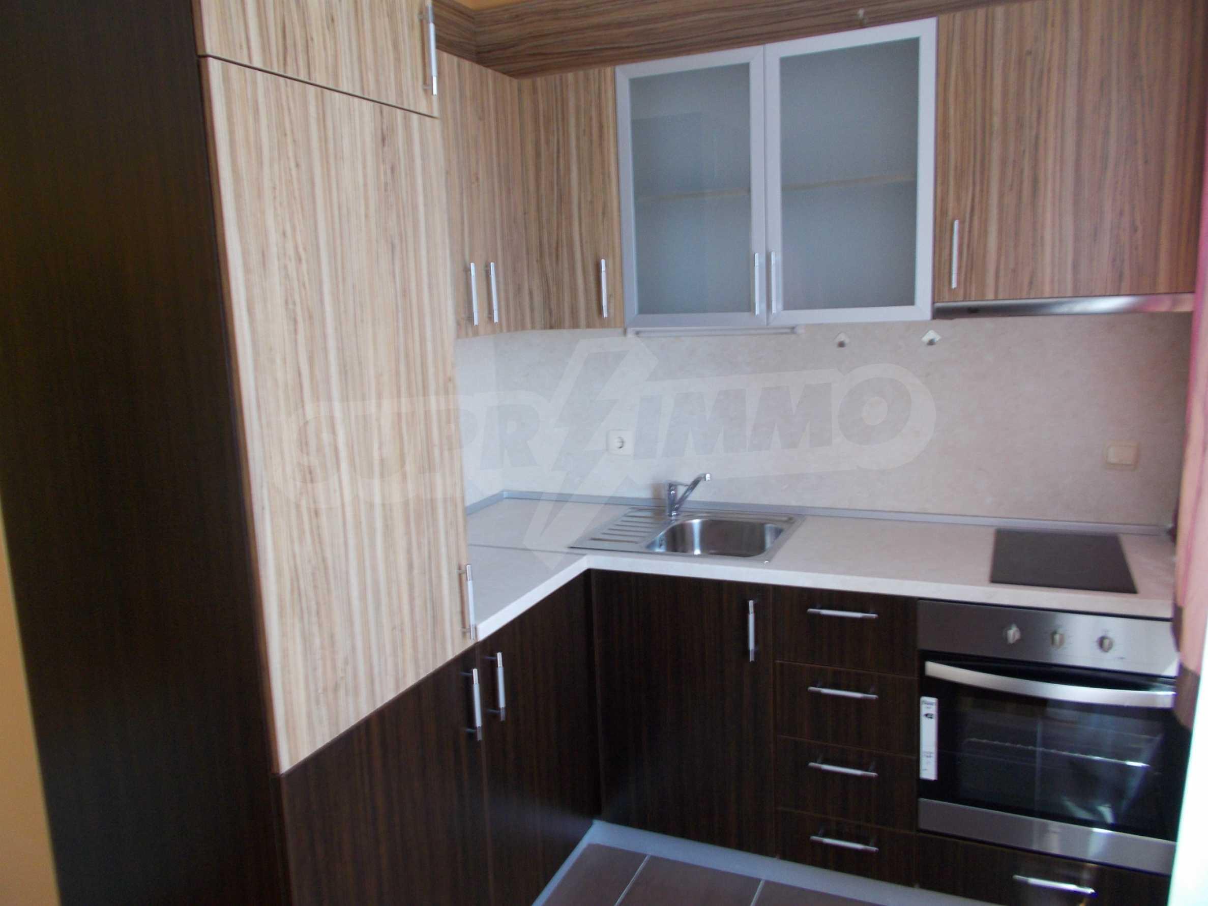 Ein-Zimmer-Wohnung im VRIS-Komplex in Tsarevo 6