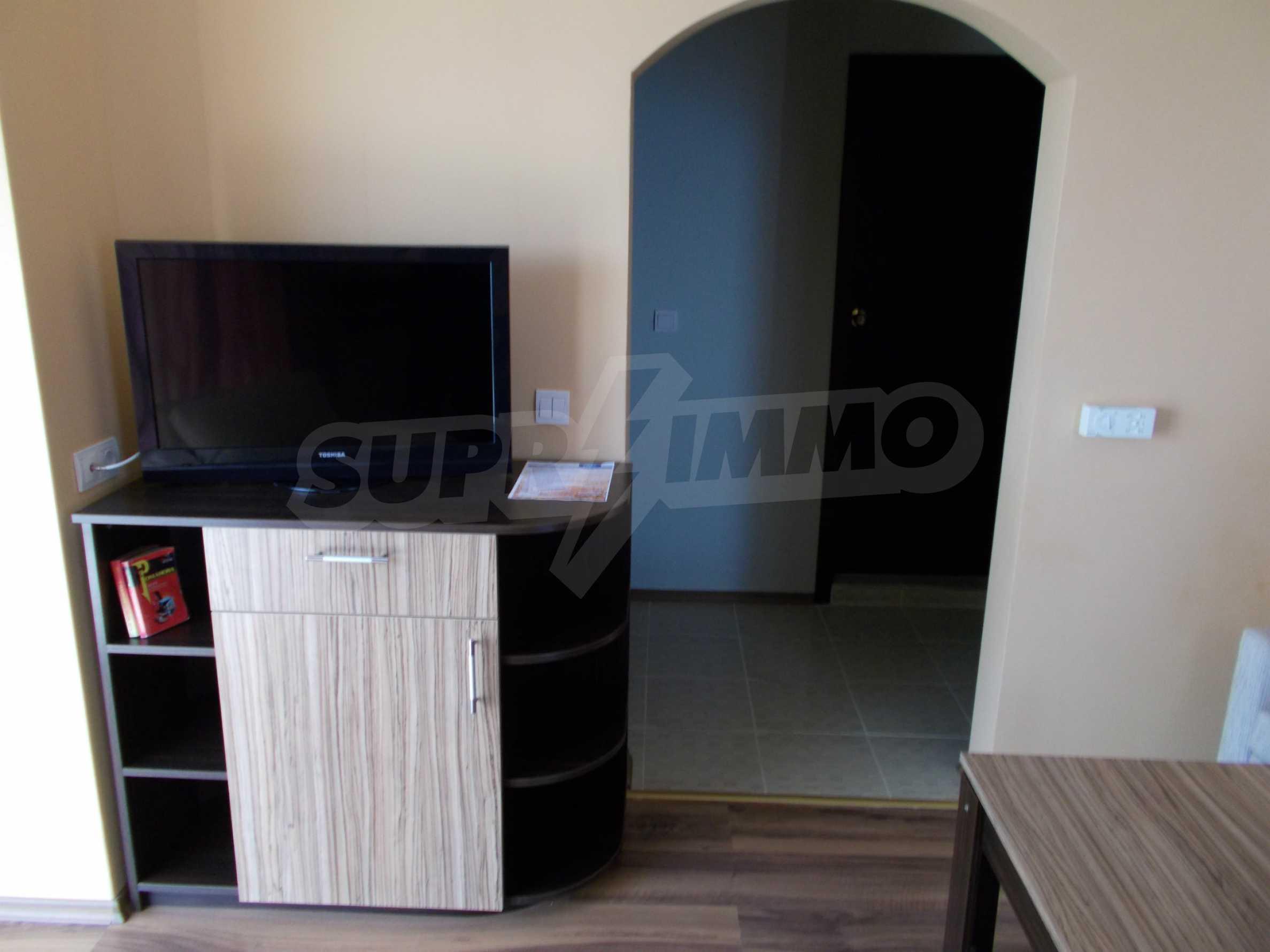 Ein-Zimmer-Wohnung im VRIS-Komplex in Tsarevo 8