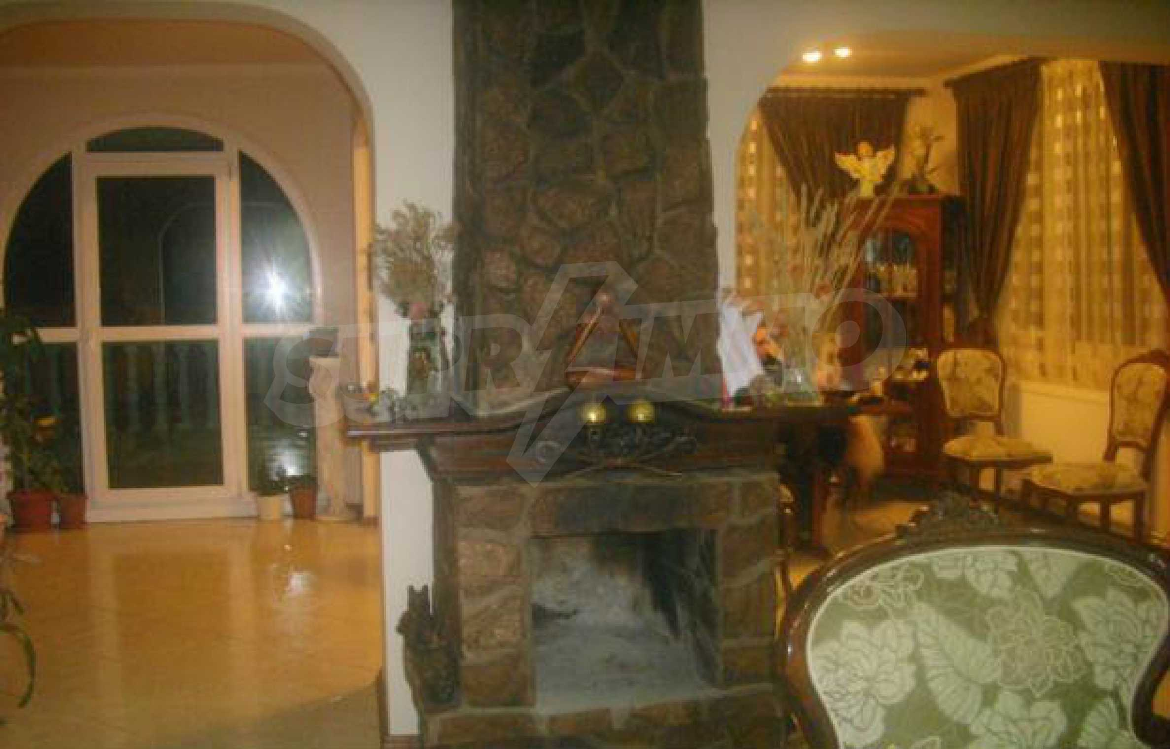 Luxuriously furnished big house with central heating in Gabrovo 13