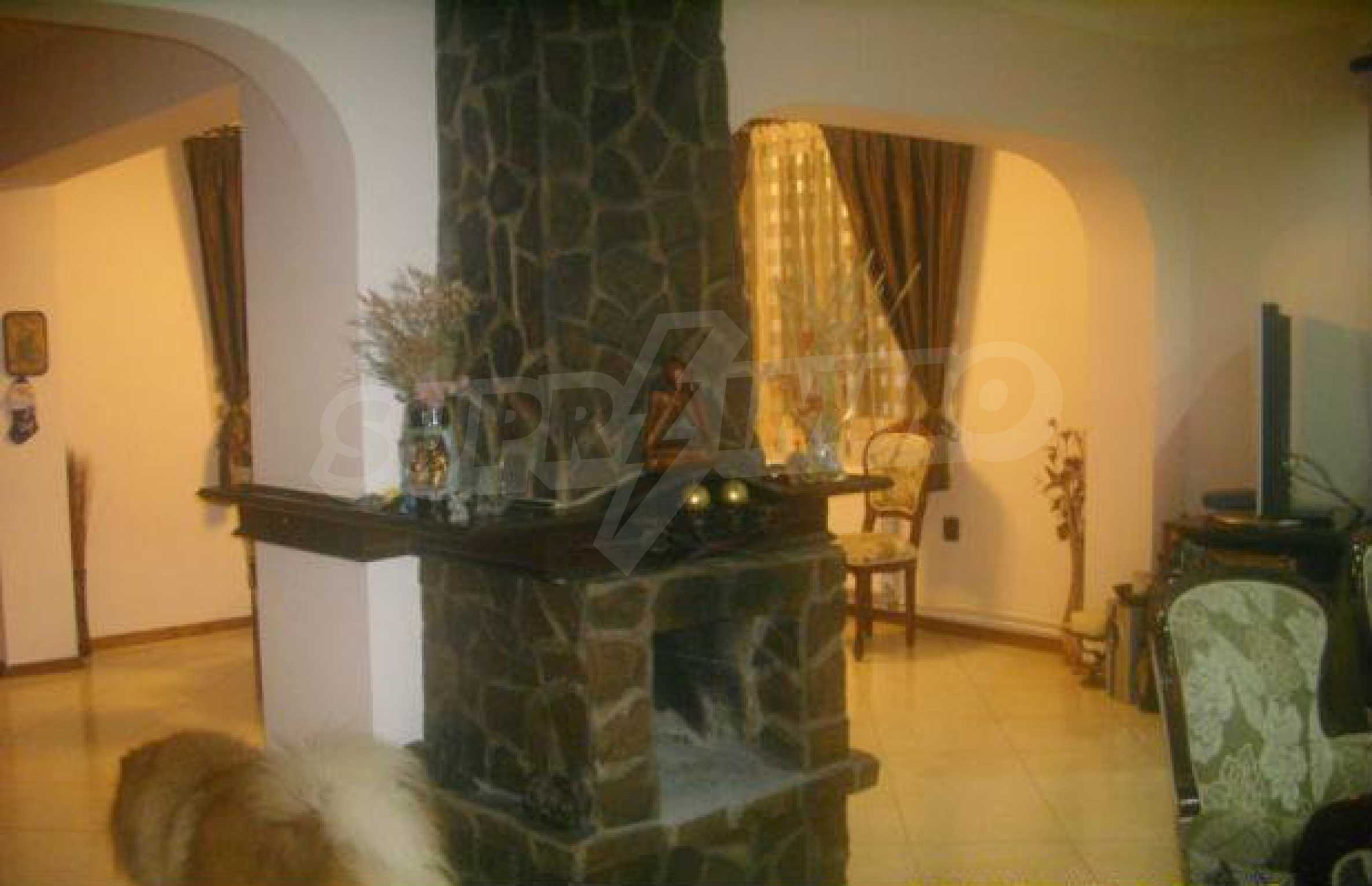 Luxuriously furnished big house with central heating in Gabrovo 1