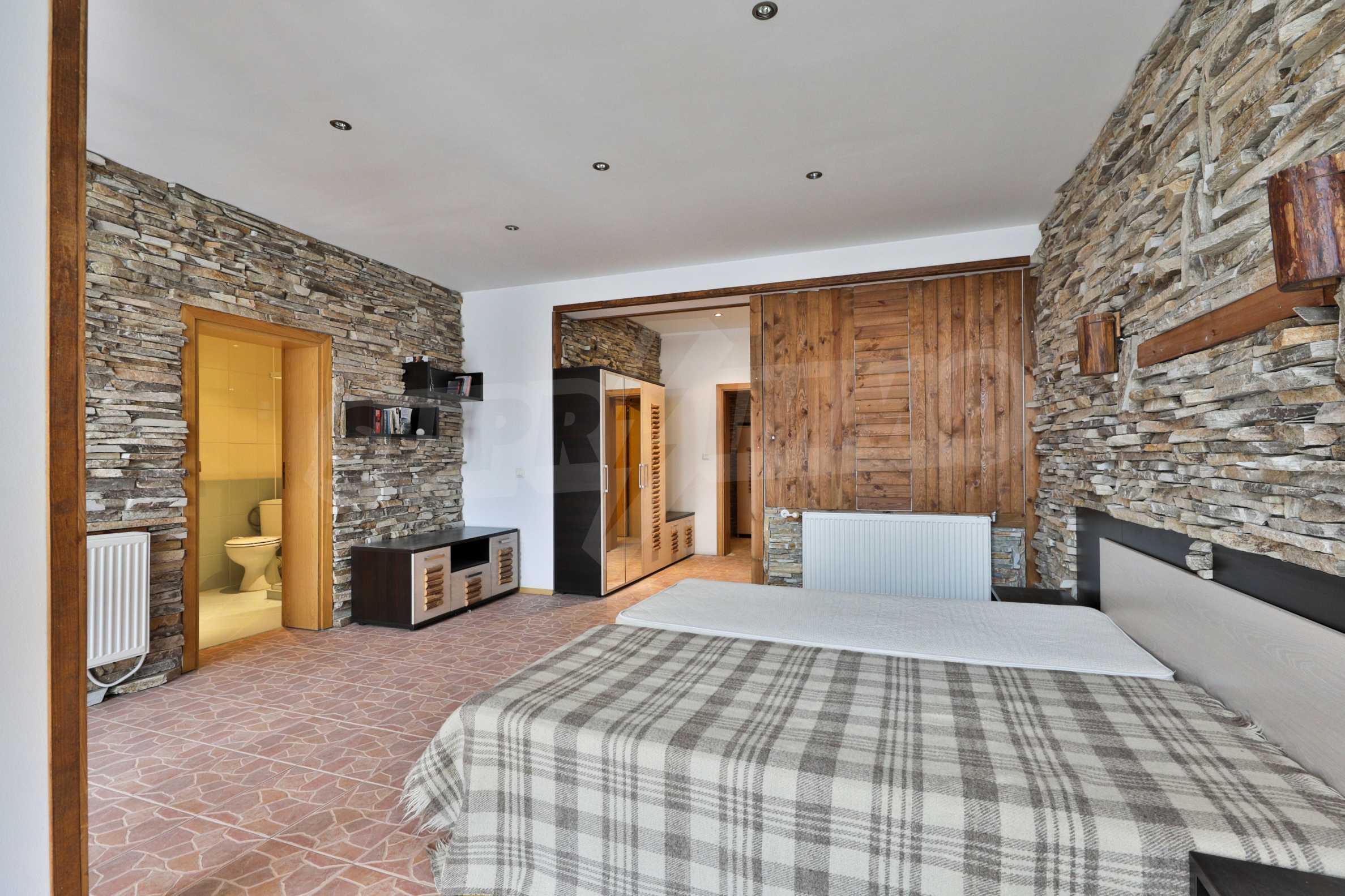 Pirin Apartments: Superb location right in the centre of Bansko 11