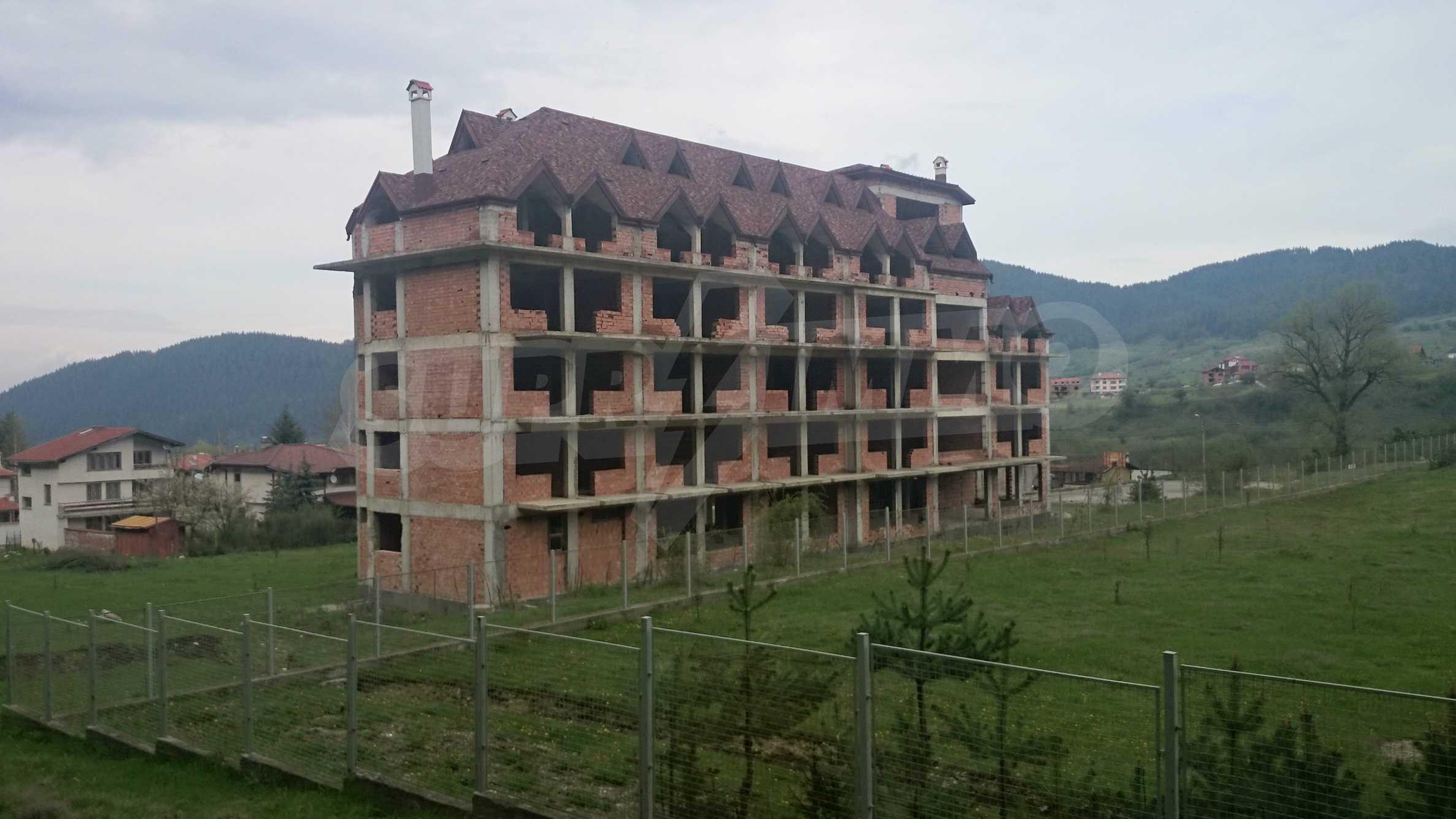 Raues Bauhotel in der Nähe von Borovets 6