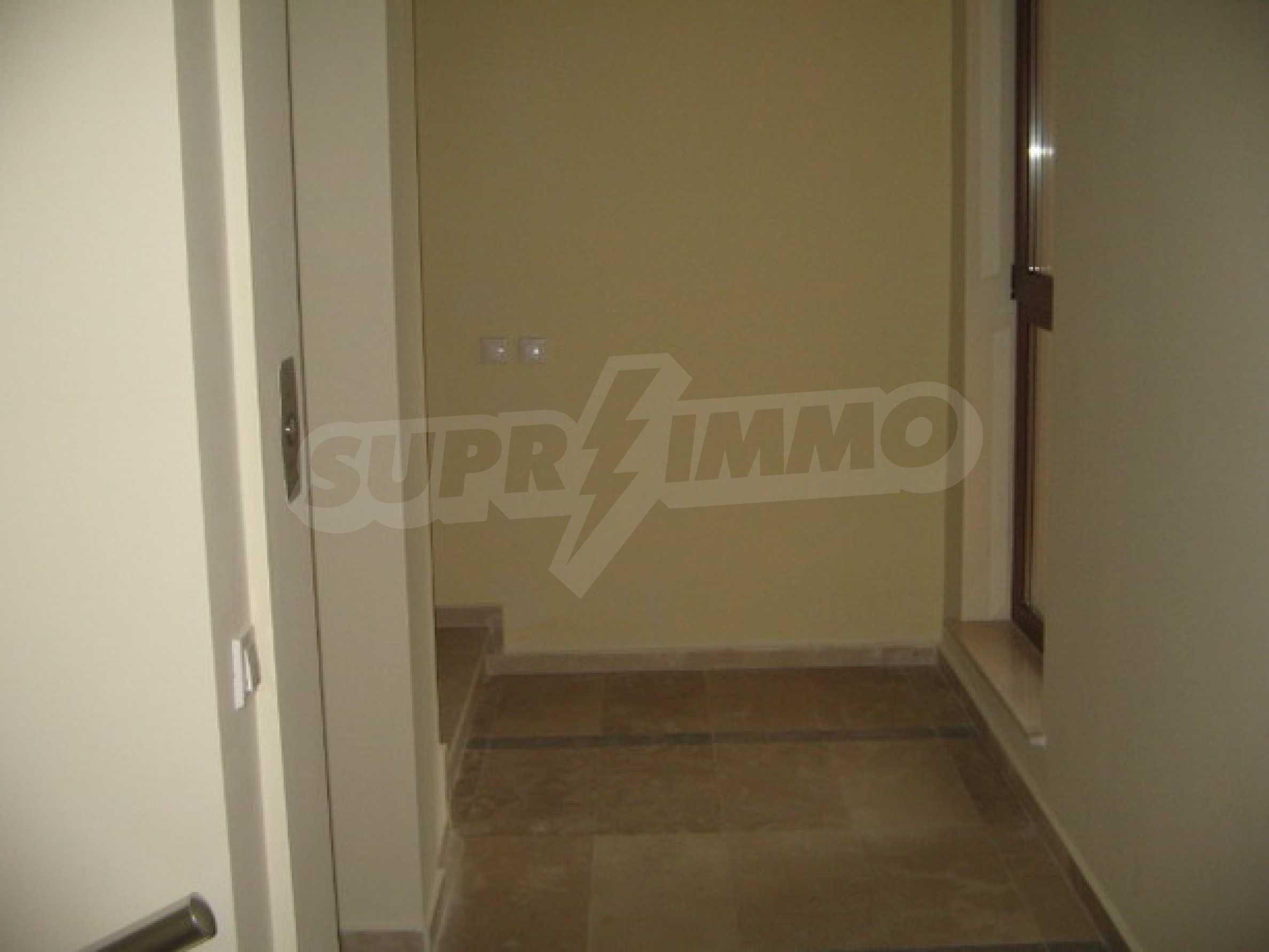 Апартамент Бояна 10 14
