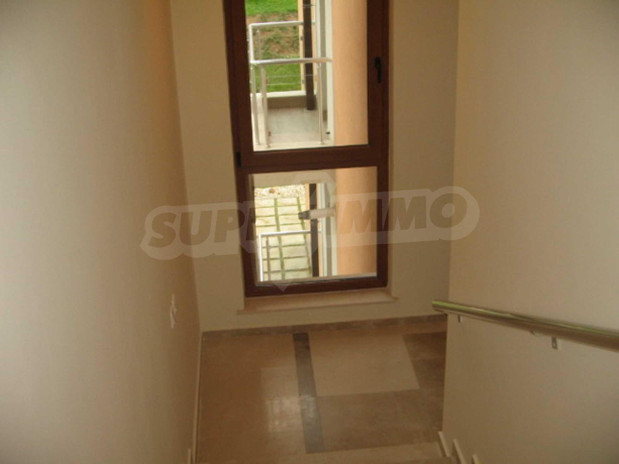 Апартамент Бояна 10 15