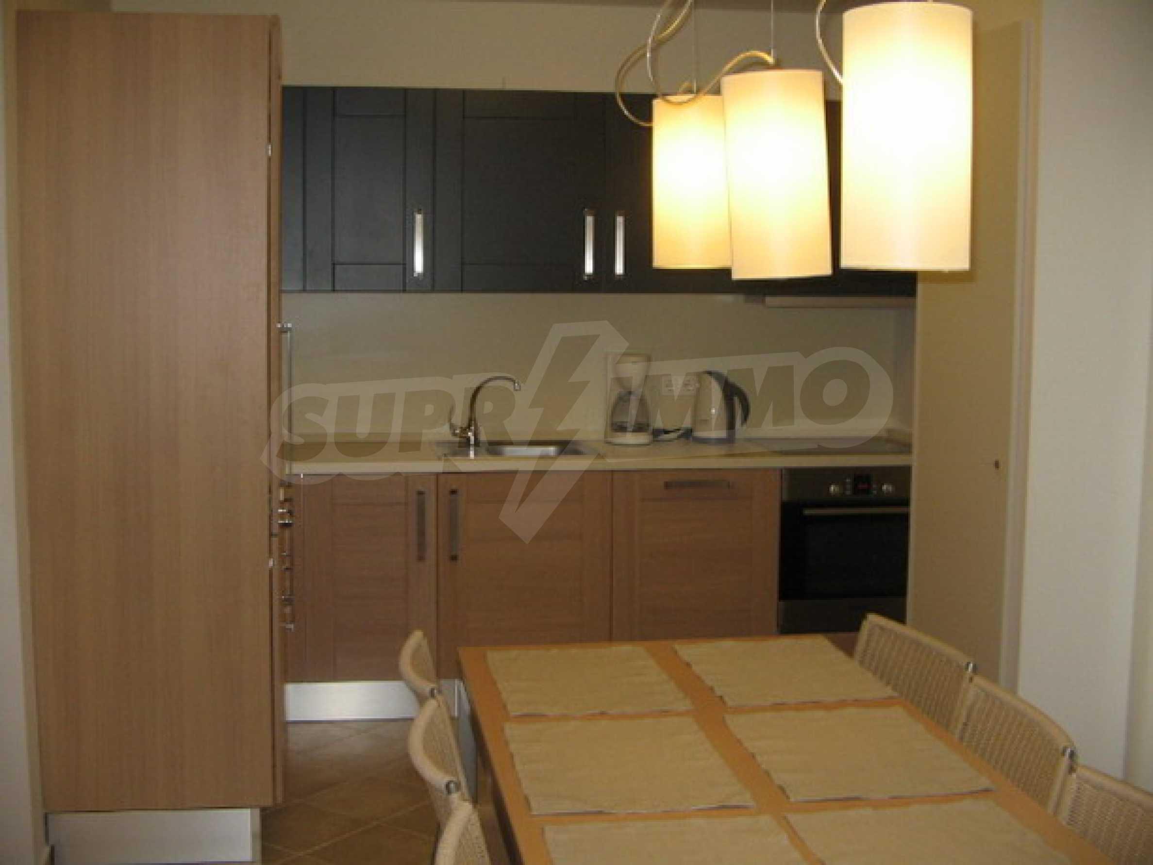 Апартамент Бояна 10 3