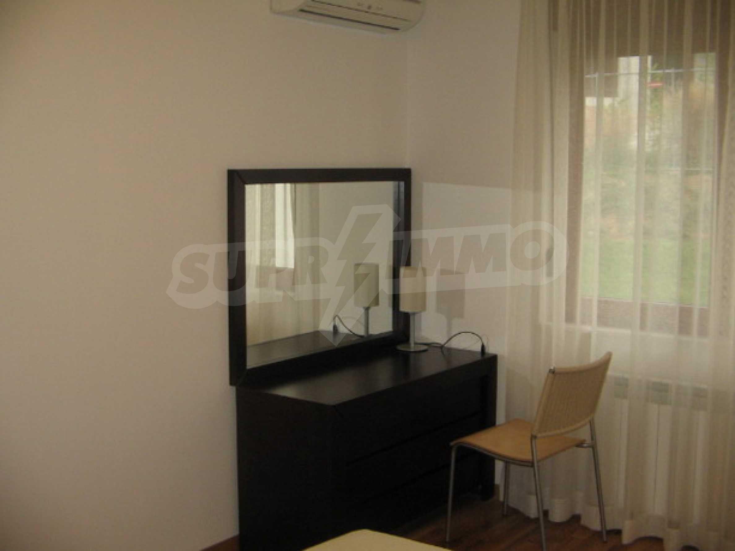 Апартамент Бояна 10 8