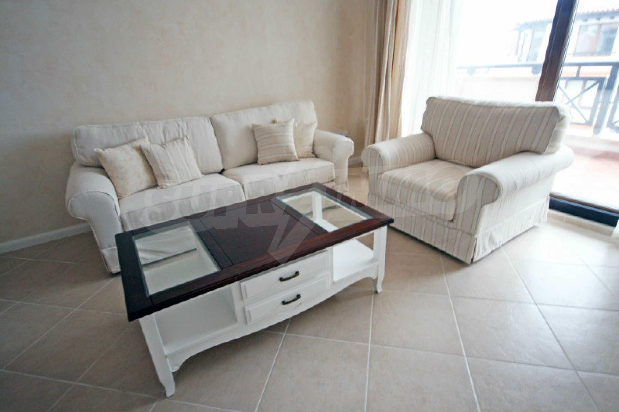"""Komfortables Apartment mit einem Schlafzimmer in einem prestigeträchtigen Komplex in der Nähe des Strandes """"Oasis"""" 4"""