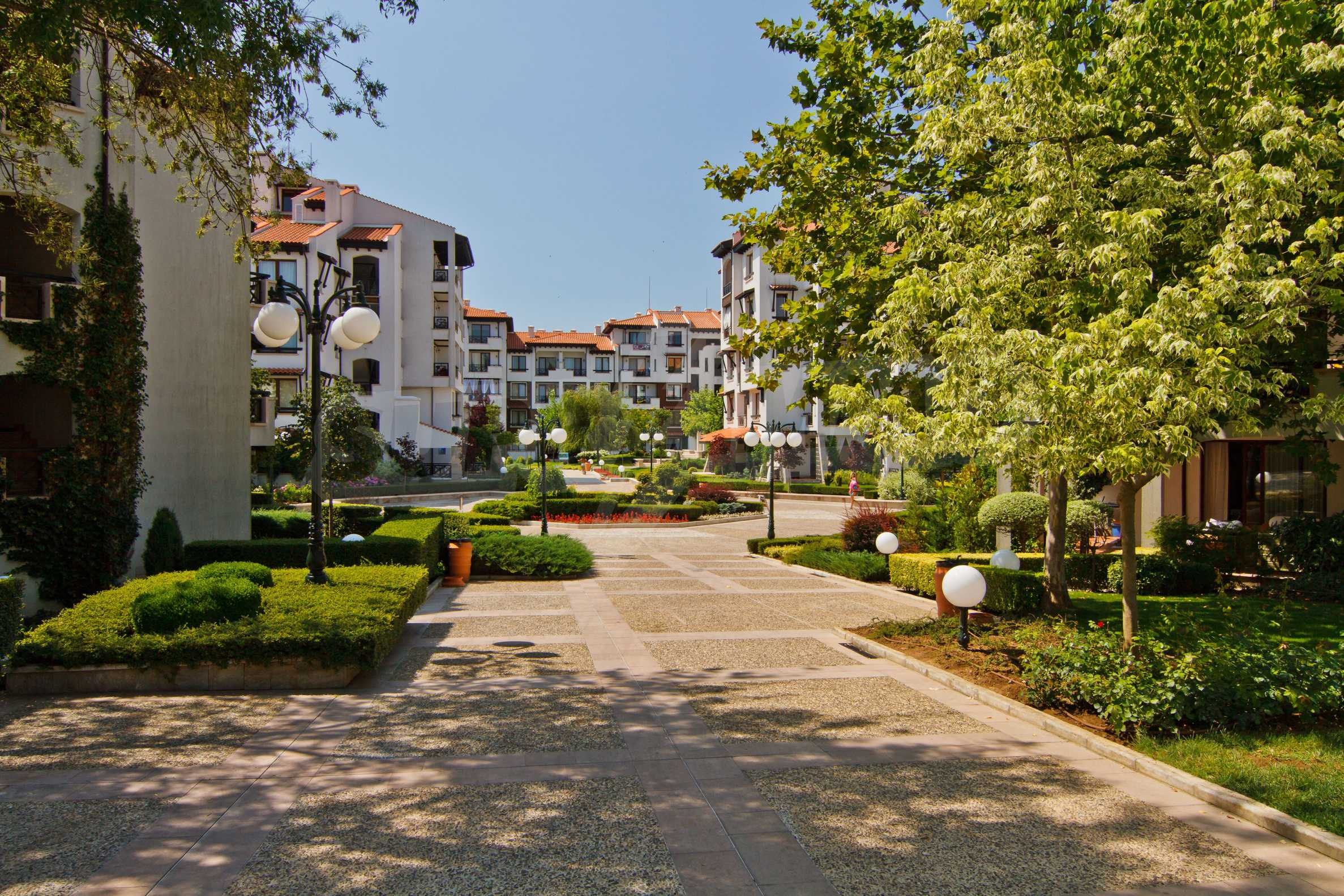 Двустаен апартамент в елитен комплекс на морето в Лозенец 20